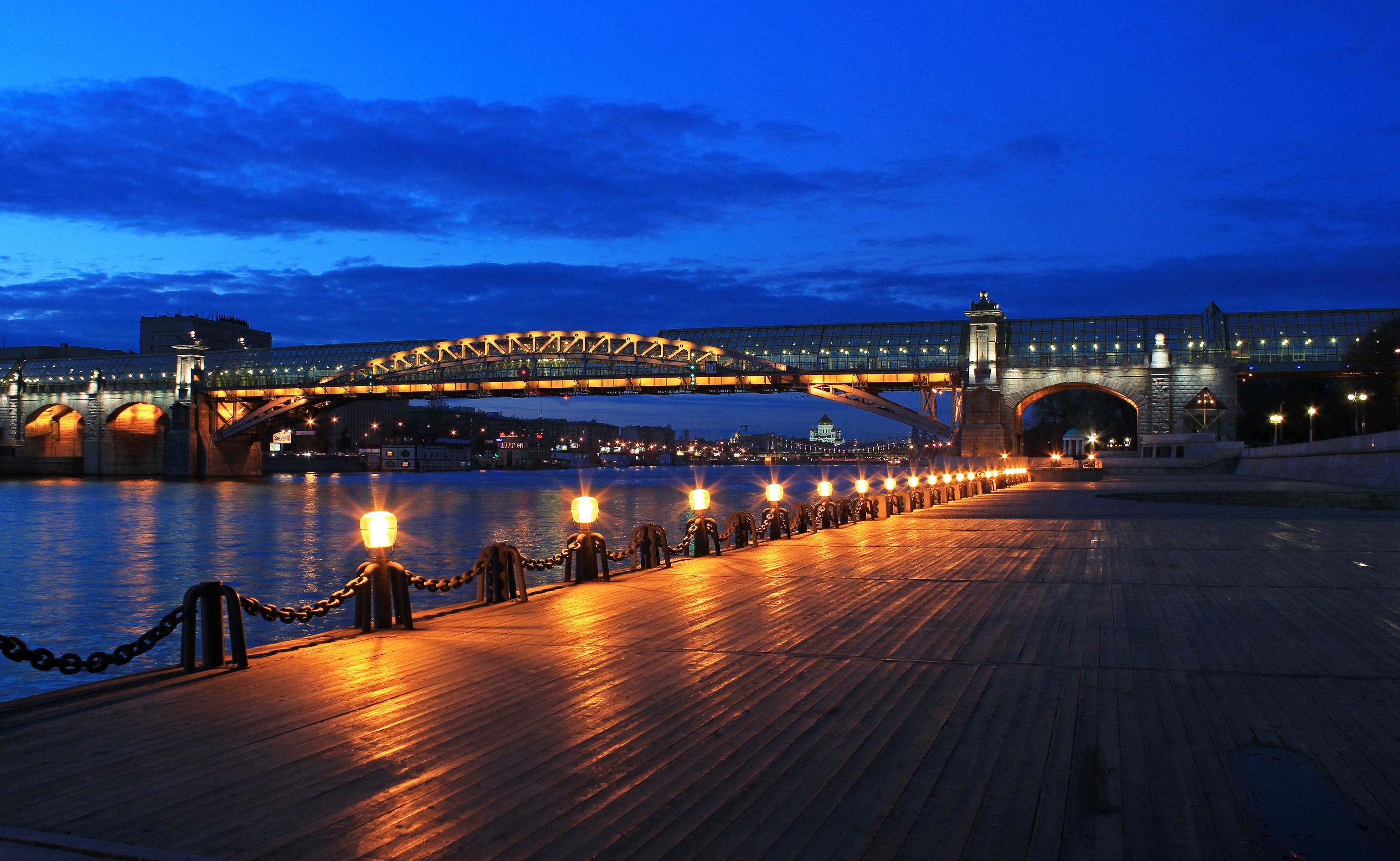 108158 скачать обои Москва, Мост, Пушкинская Набережная, Ночь, Города - заставки и картинки бесплатно