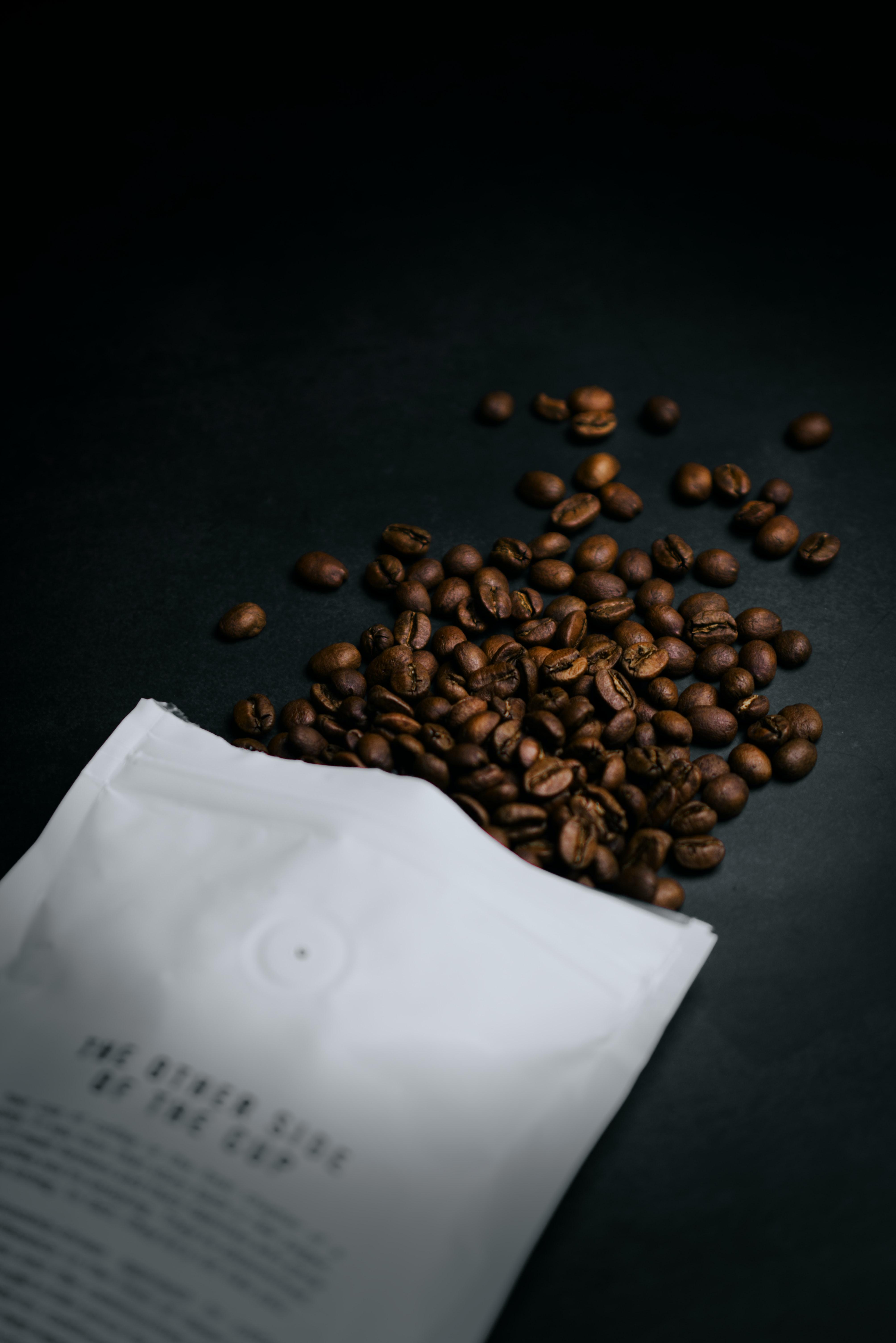 75968 скачать обои Еда, Кофейное Зерно, Зерно, Кофе, Пакет - заставки и картинки бесплатно