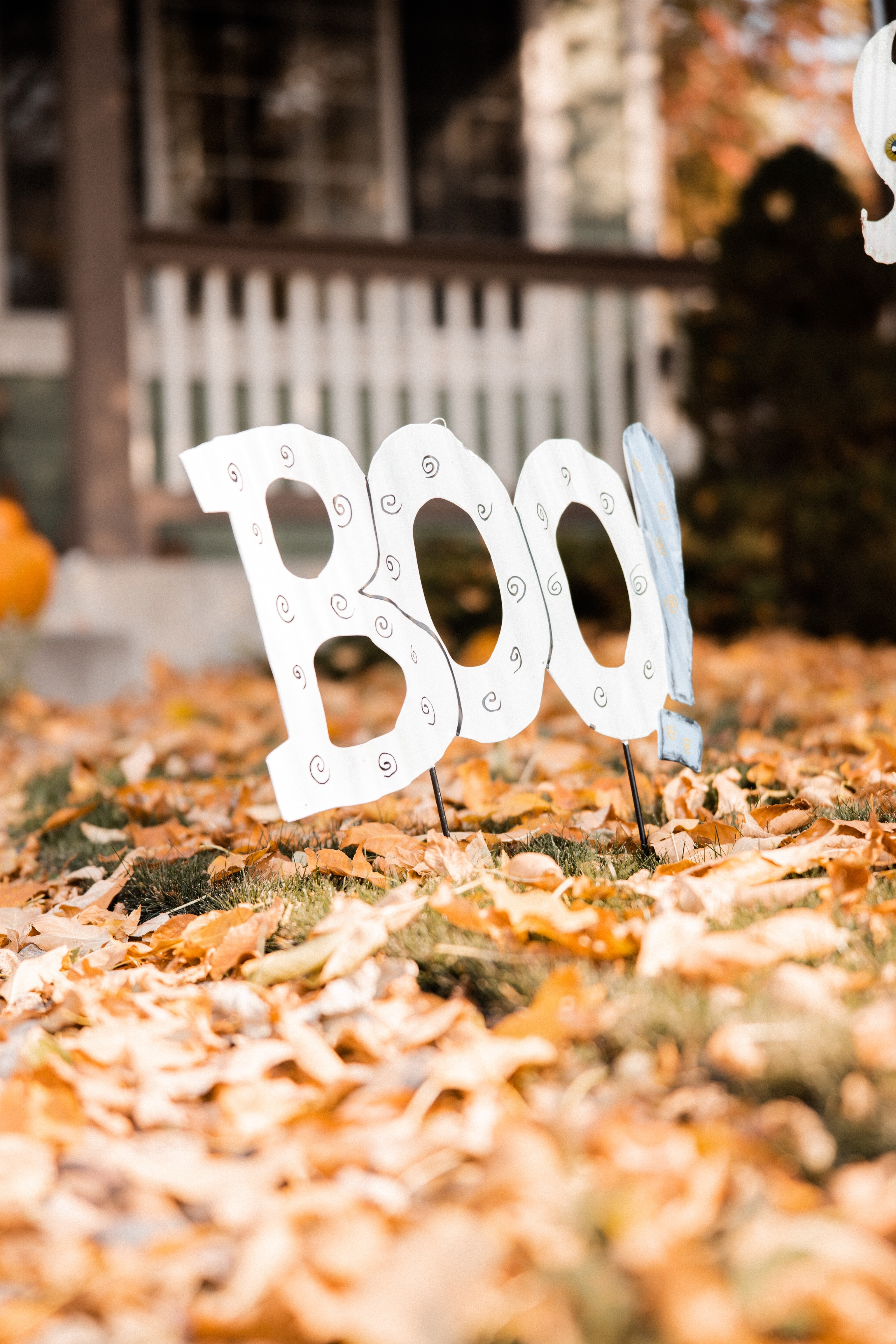132686 Screensavers and Wallpapers Halloween for phone. Download Halloween, Autumn, Leaves, Words, Decoration, Word pictures for free