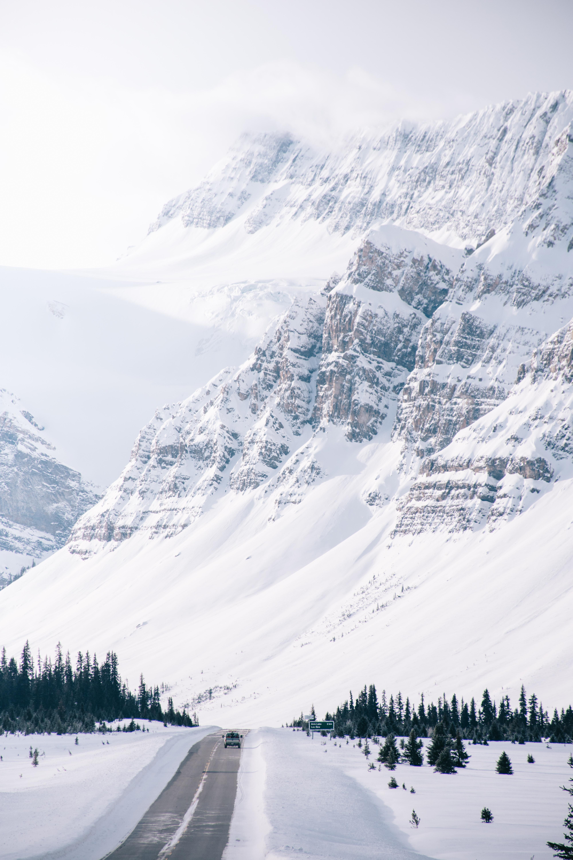 155625 скачать обои Дорога, Зима, Природа, Снег, Гора, Склон - заставки и картинки бесплатно