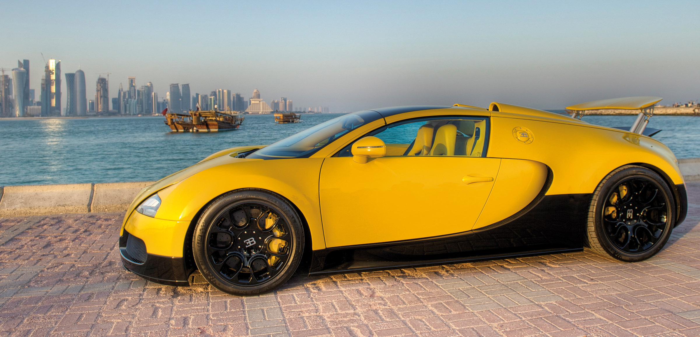 152029 download wallpaper Sports, Bugatti, Cars, 2012, Supercar, Veyron, Qatar, Grand, 16-4 screensavers and pictures for free
