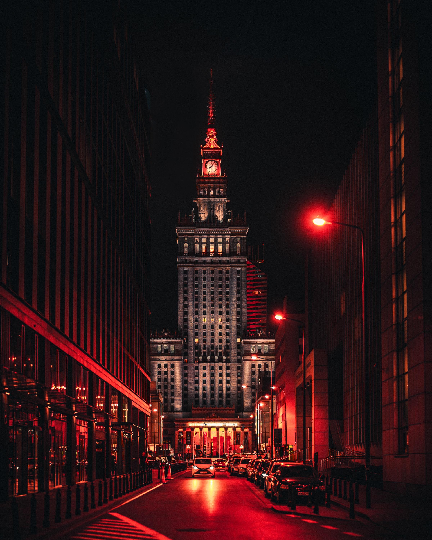 119682 скачать обои Машины, Города, Архитектура, Город, Часовня, Башня - заставки и картинки бесплатно