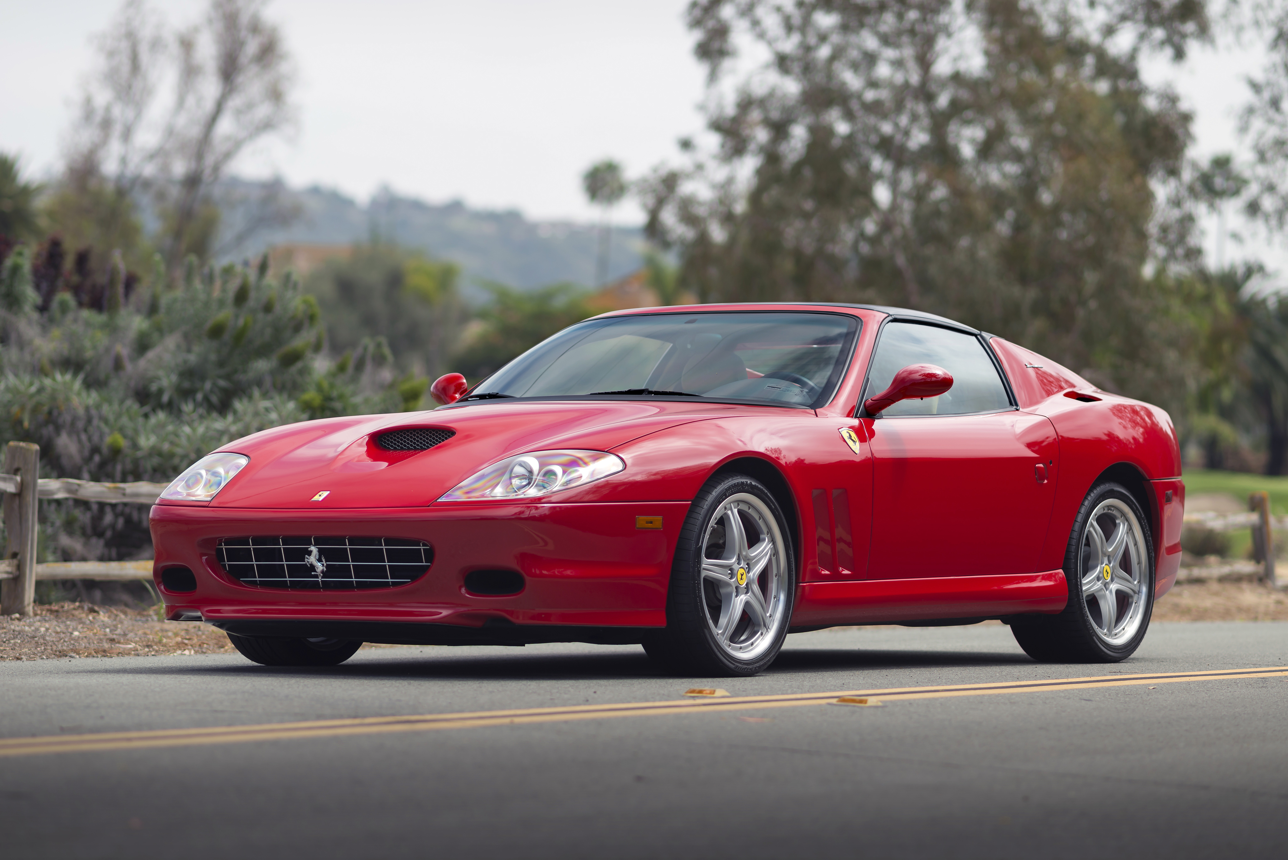 133250 download wallpaper Cars, Ferrari, Superamerica, F1, Side View screensavers and pictures for free