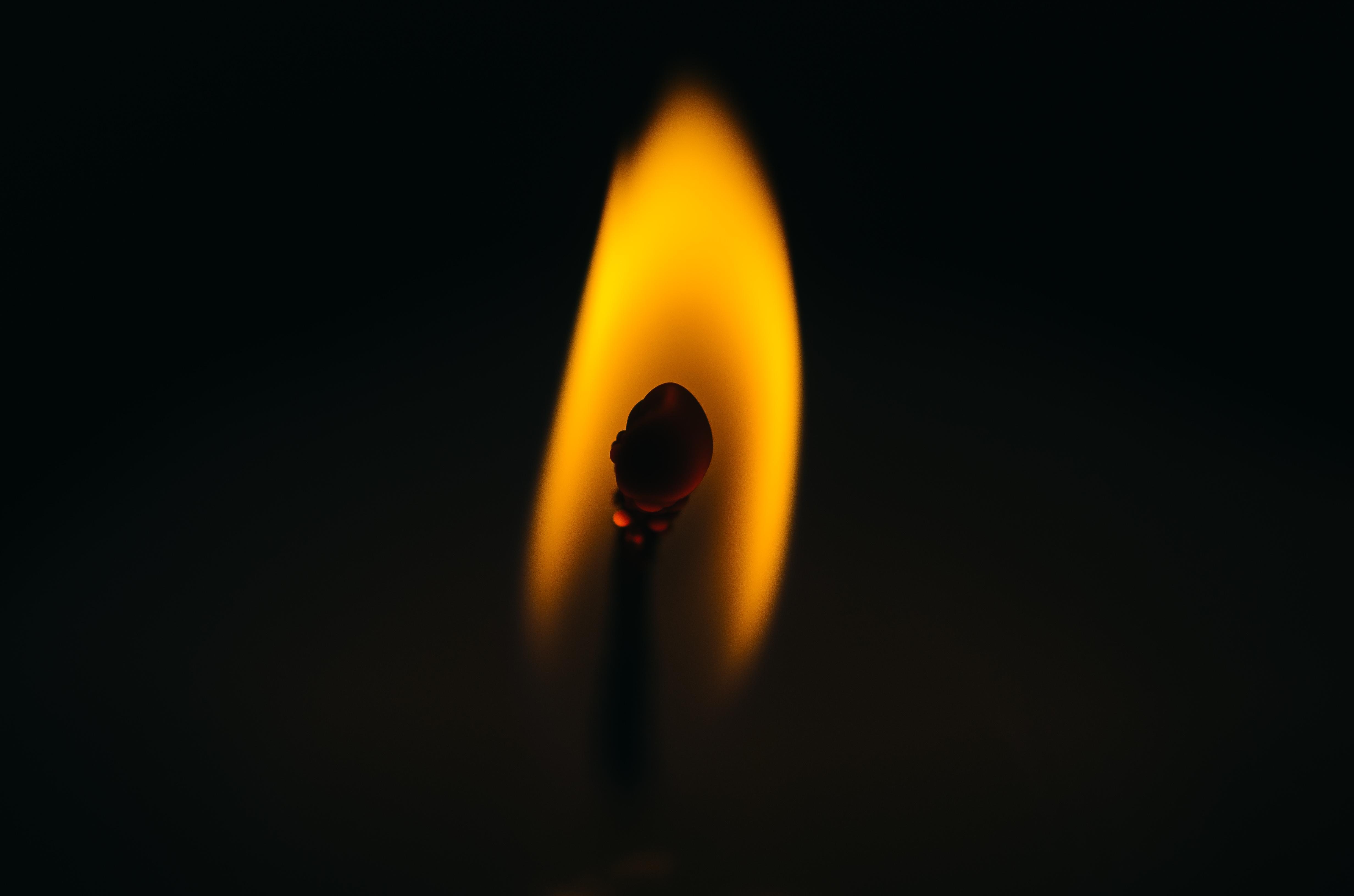 137044 Заставки и Обои Огонь на телефон. Скачать Темные, Огонь, Темный, Макро, Пламя, Спичка картинки бесплатно