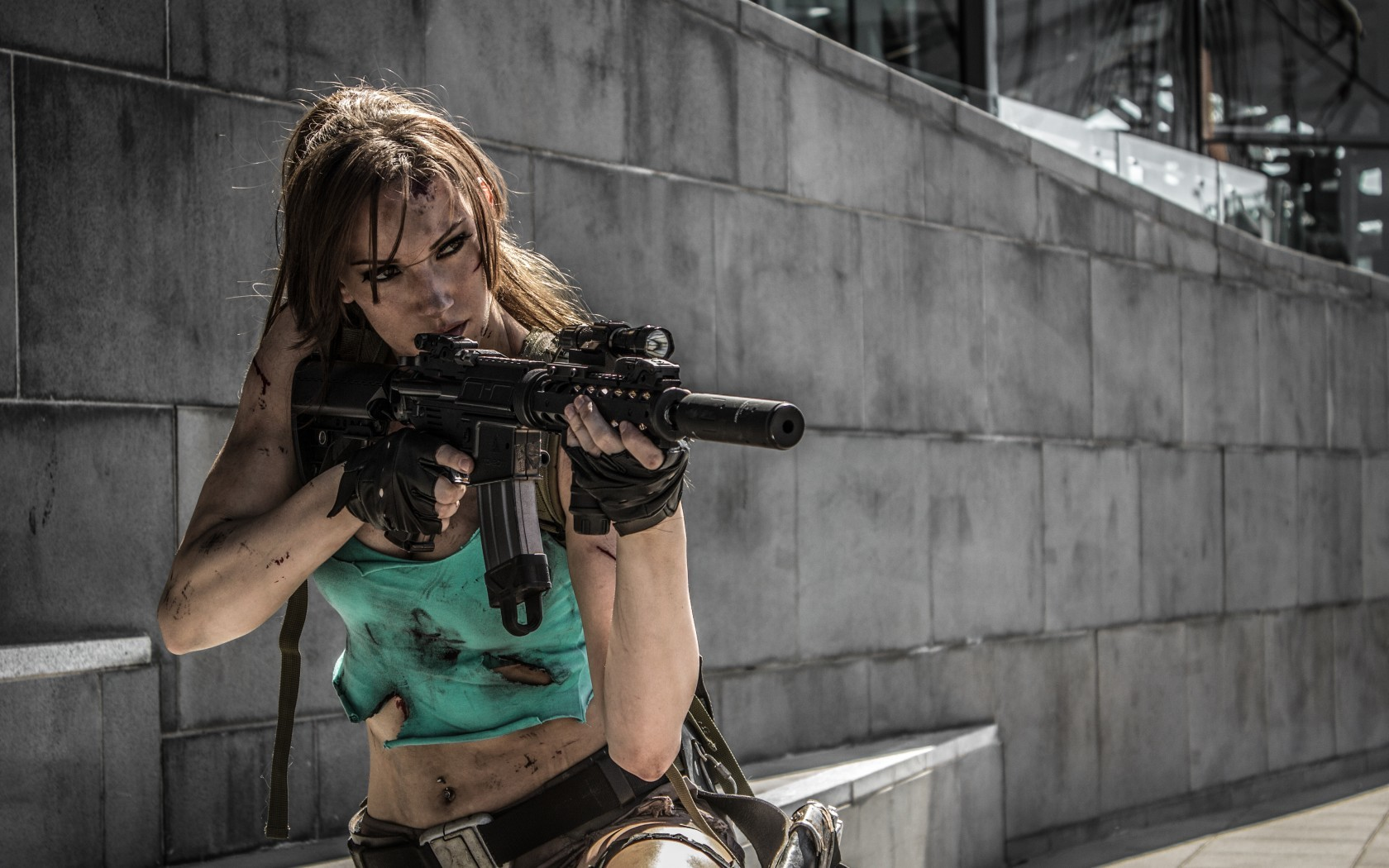 42954 download wallpaper Girls, People, War screensavers and pictures for free