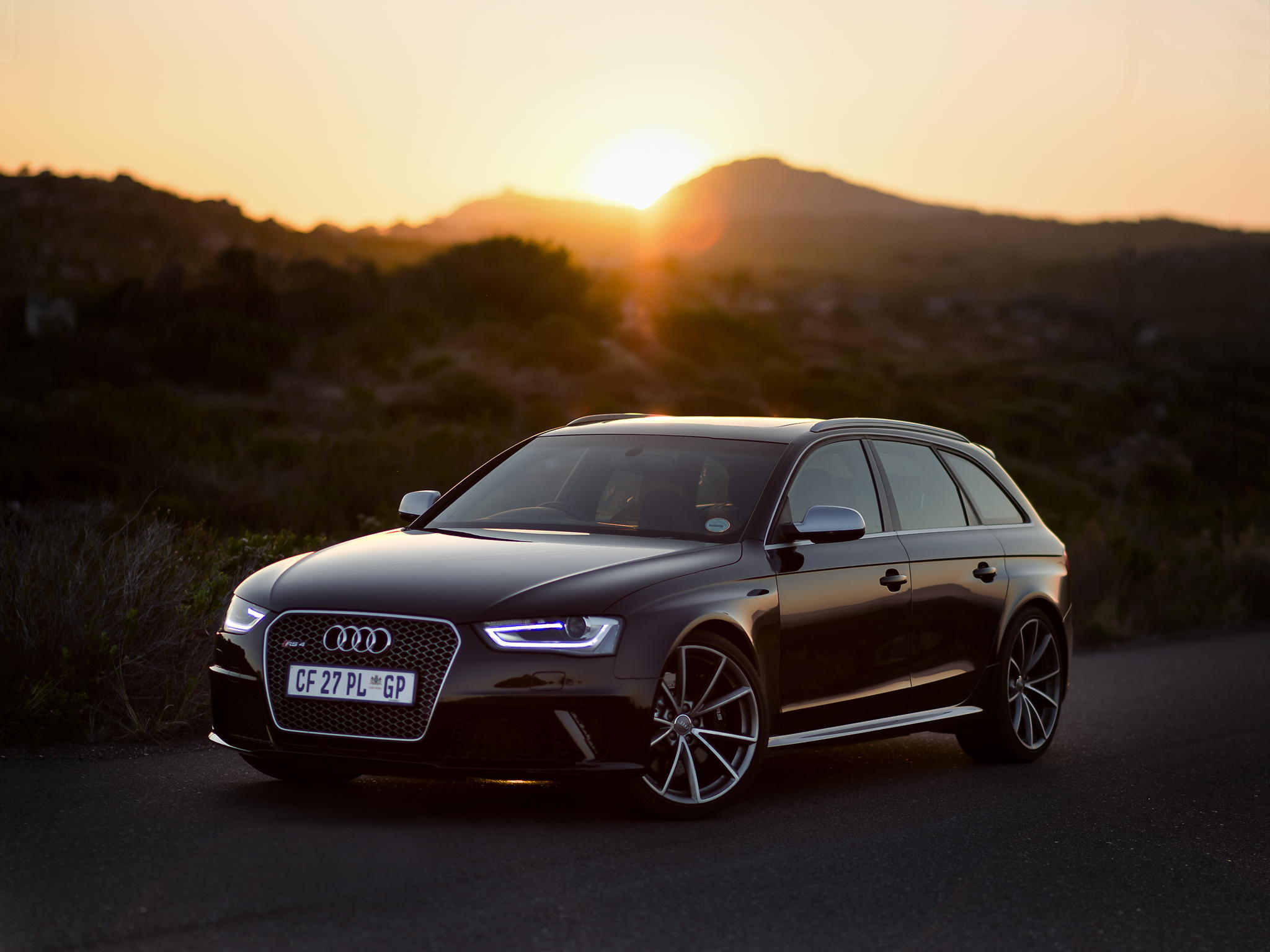 112798 download wallpaper Sunset, Audi, Cars, Side View, Rs4 screensavers and pictures for free