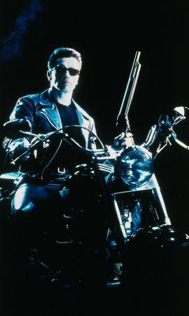 21666 download wallpaper Cinema, People, Actors, Men, Arnold Schwarzenegger, Terminator screensavers and pictures for free