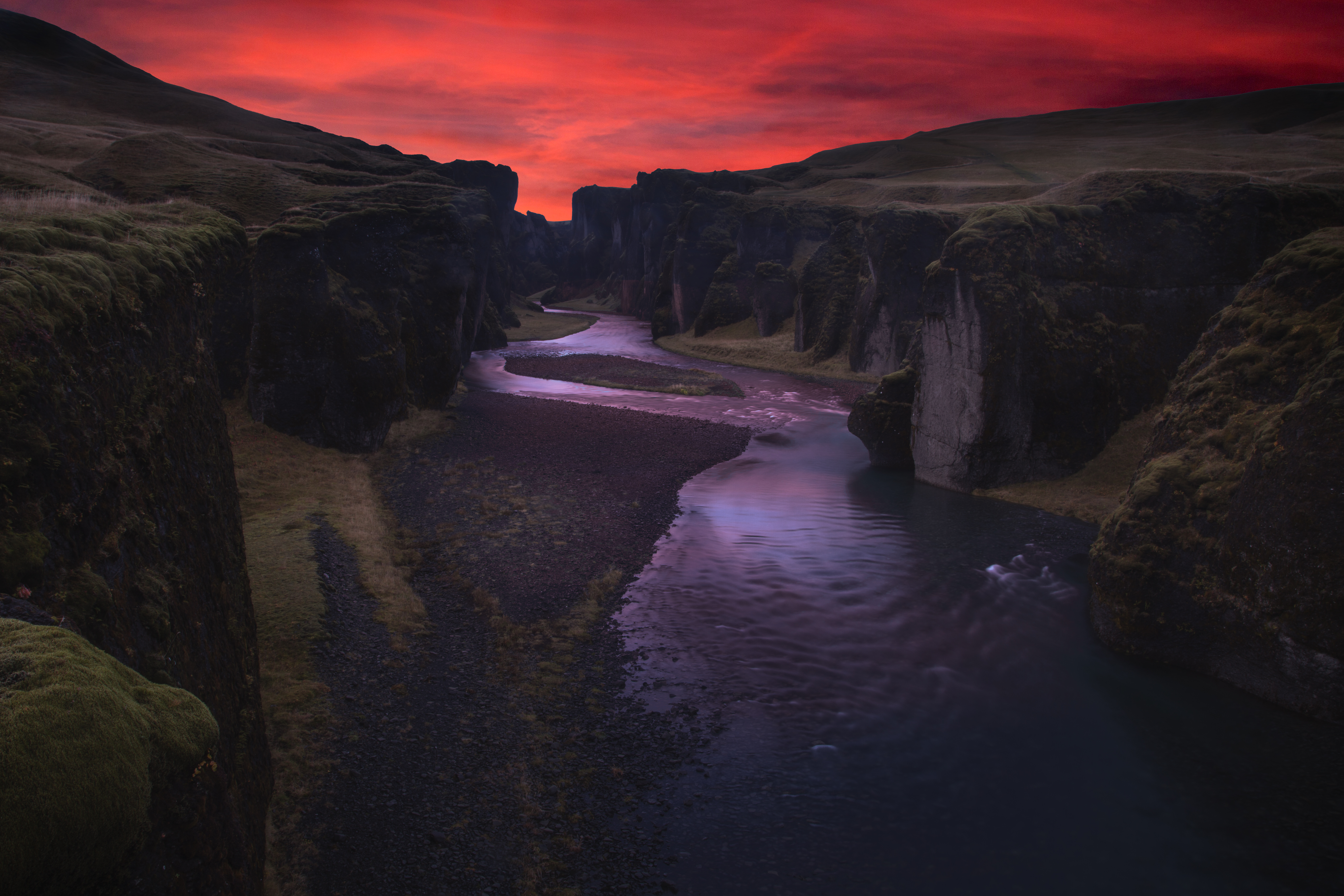 61310 download wallpaper Nature, Canyon, Rivers, Night, Fyadrarglyufur, Fiadrargllufur, Iceland screensavers and pictures for free