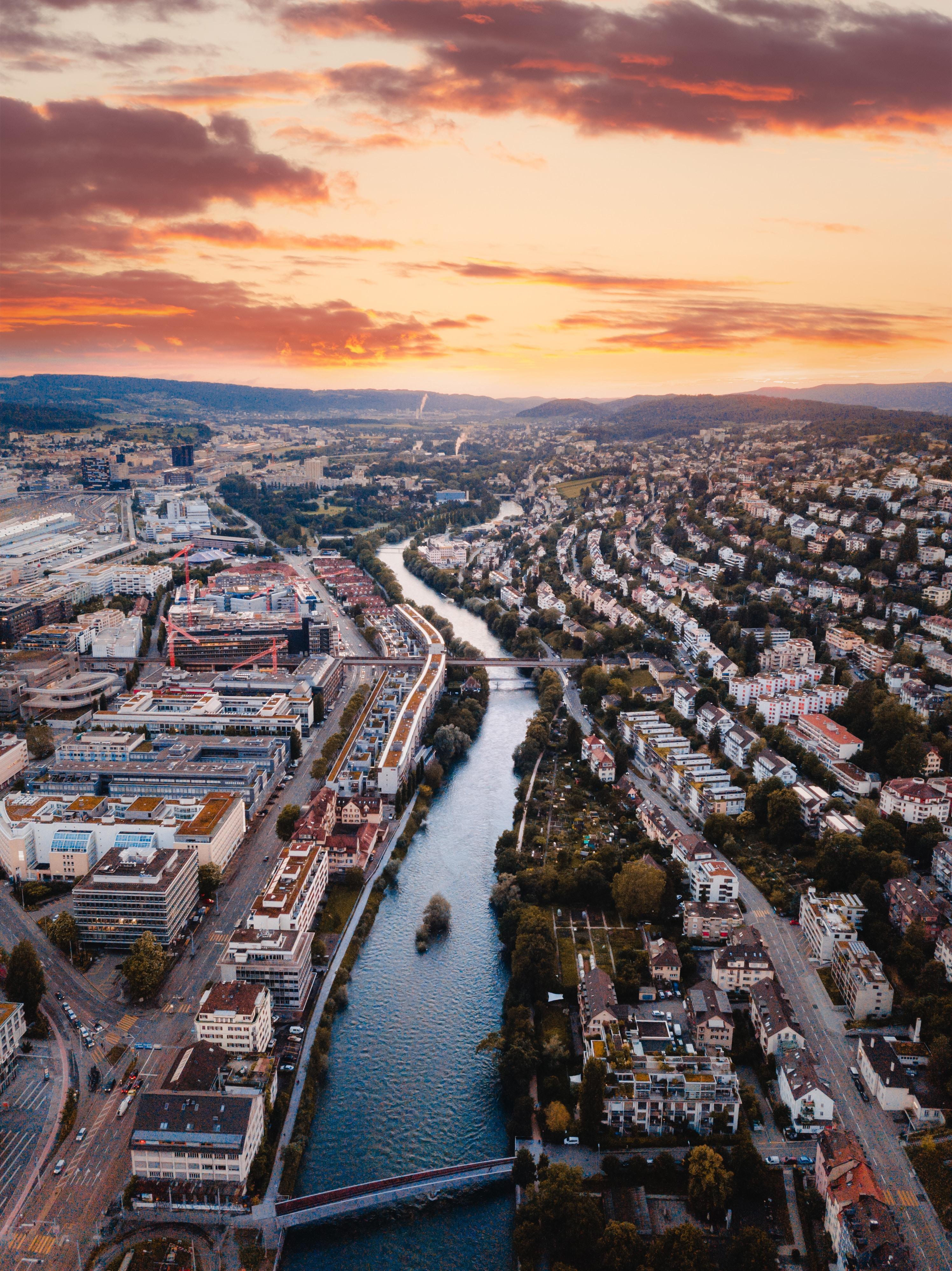 56460 免費下載壁紙 城市, 河, 从上面看, 顶视图, 建造, 建筑物, 概述, 建筑 屏保和圖片