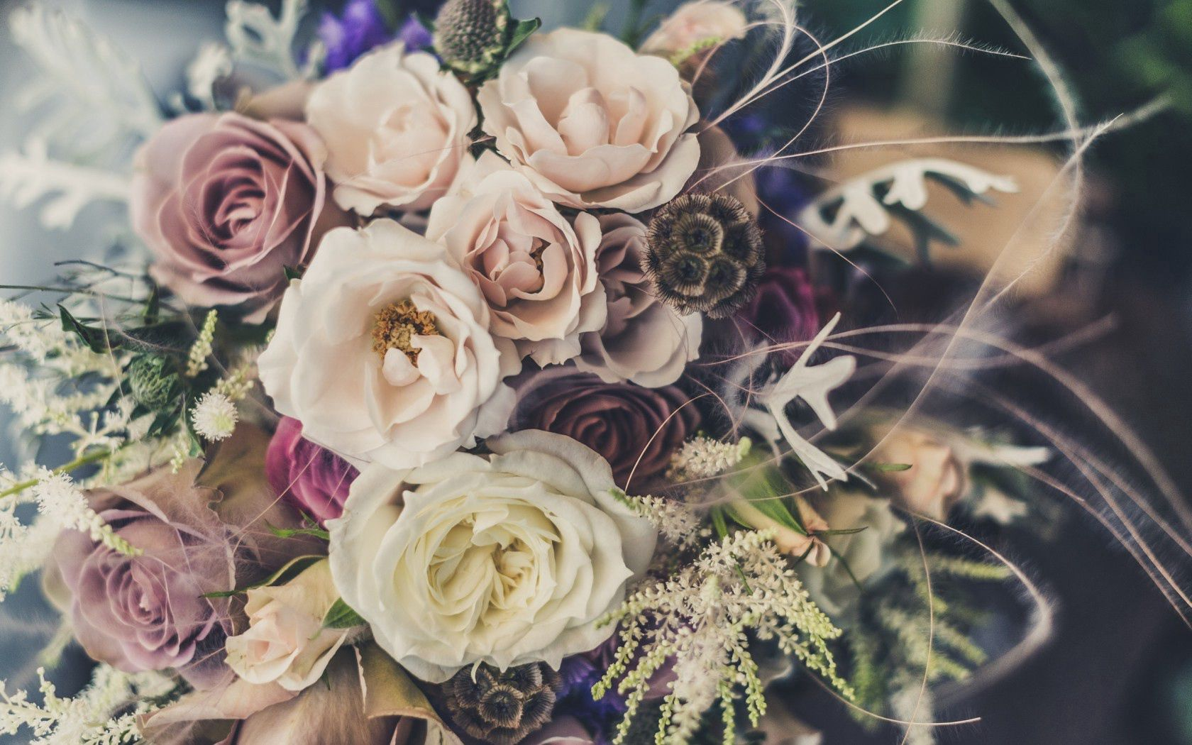 151861 download wallpaper Flowers, Roses, Bouquet, Decoration screensavers and pictures for free