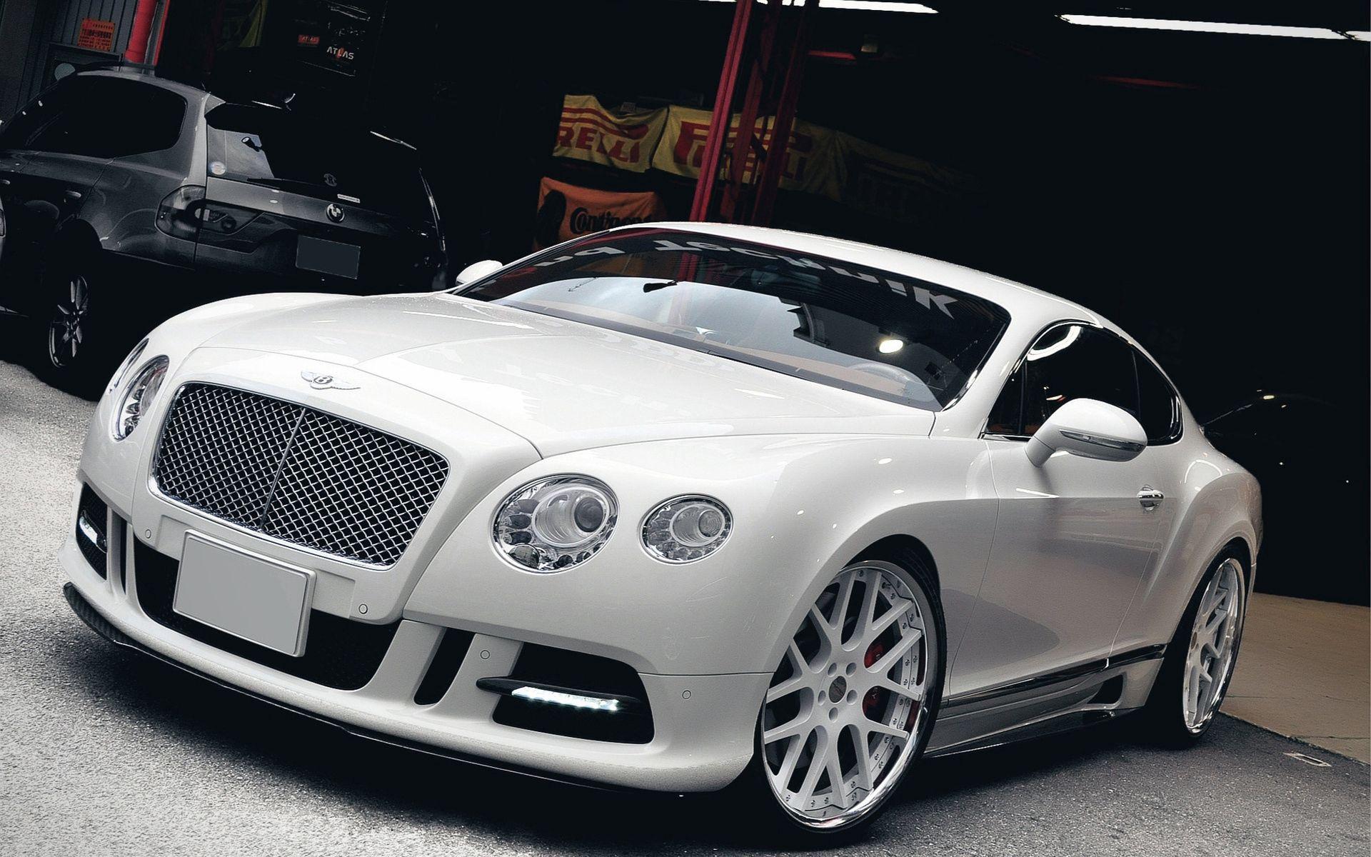 68869 скачать обои Тачки (Cars), Машины, Тюнинг, Бэнтли (Bentley), Гараж - заставки и картинки бесплатно
