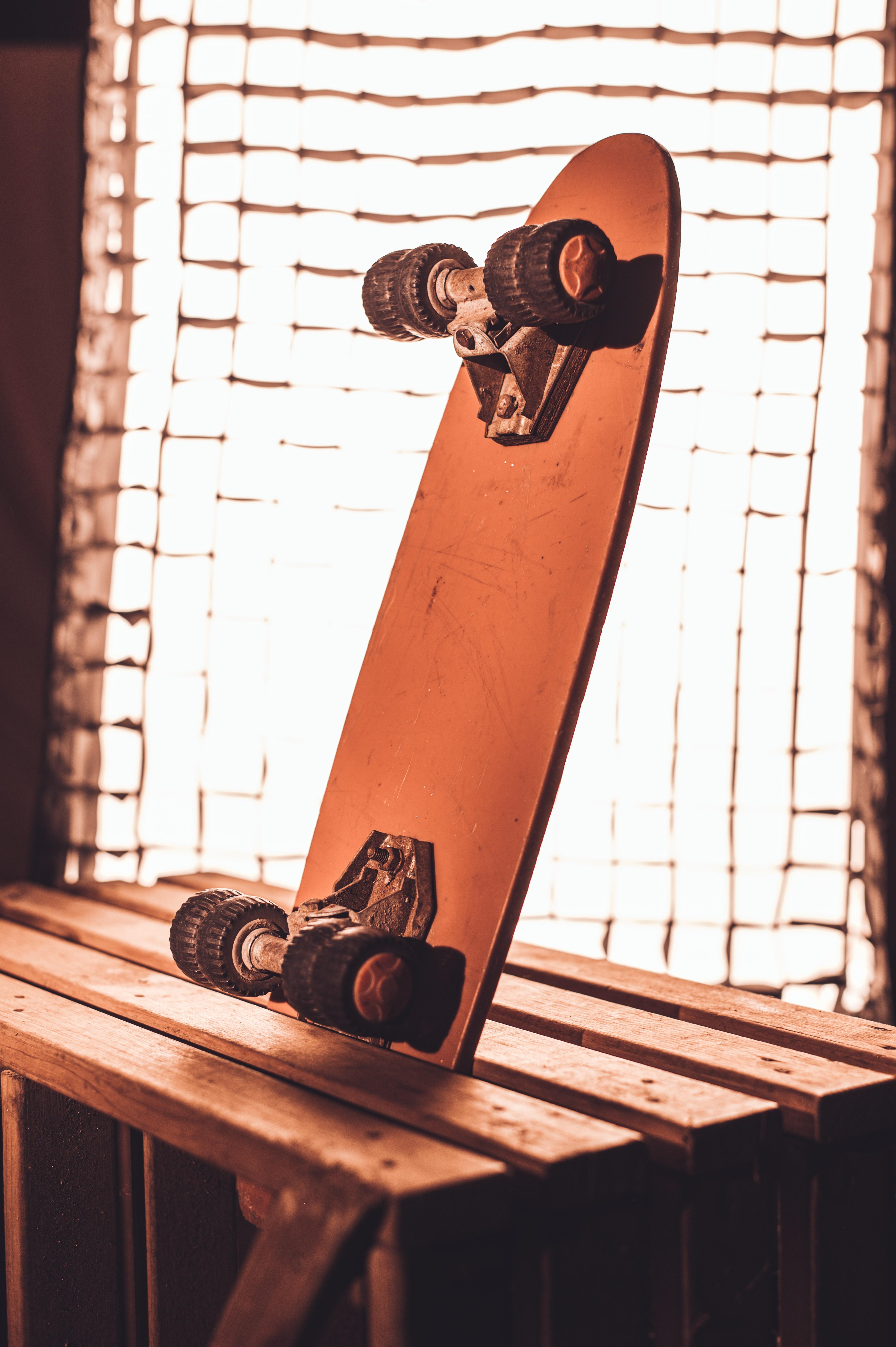 74335 скачать обои Спорт, Скейтборд, Скейт, Коричневый - заставки и картинки бесплатно