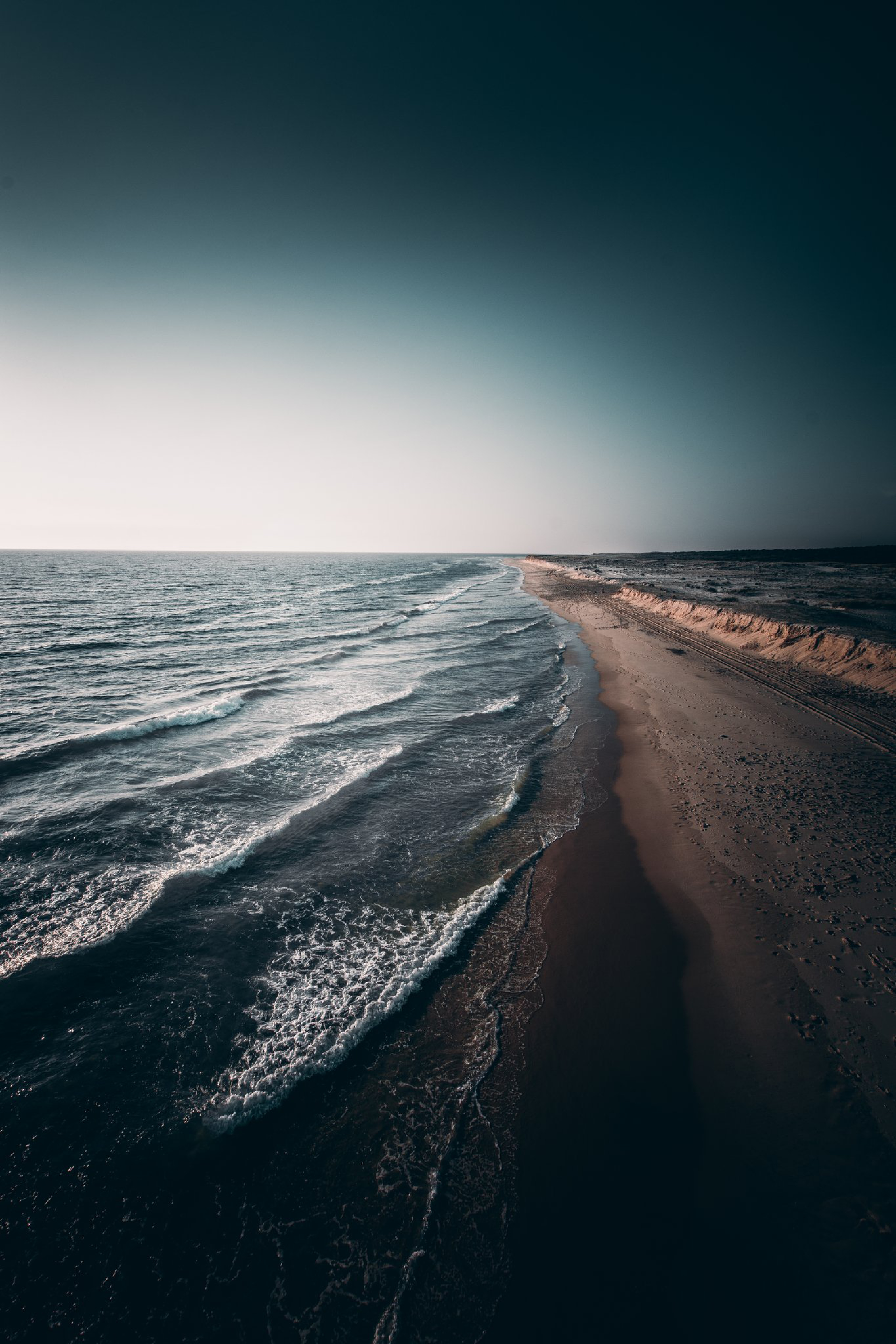Free wallpaper 118159: Nature, Ocean, Surf, Shore, Bank, Sea, Horizon download pictures for cellphone