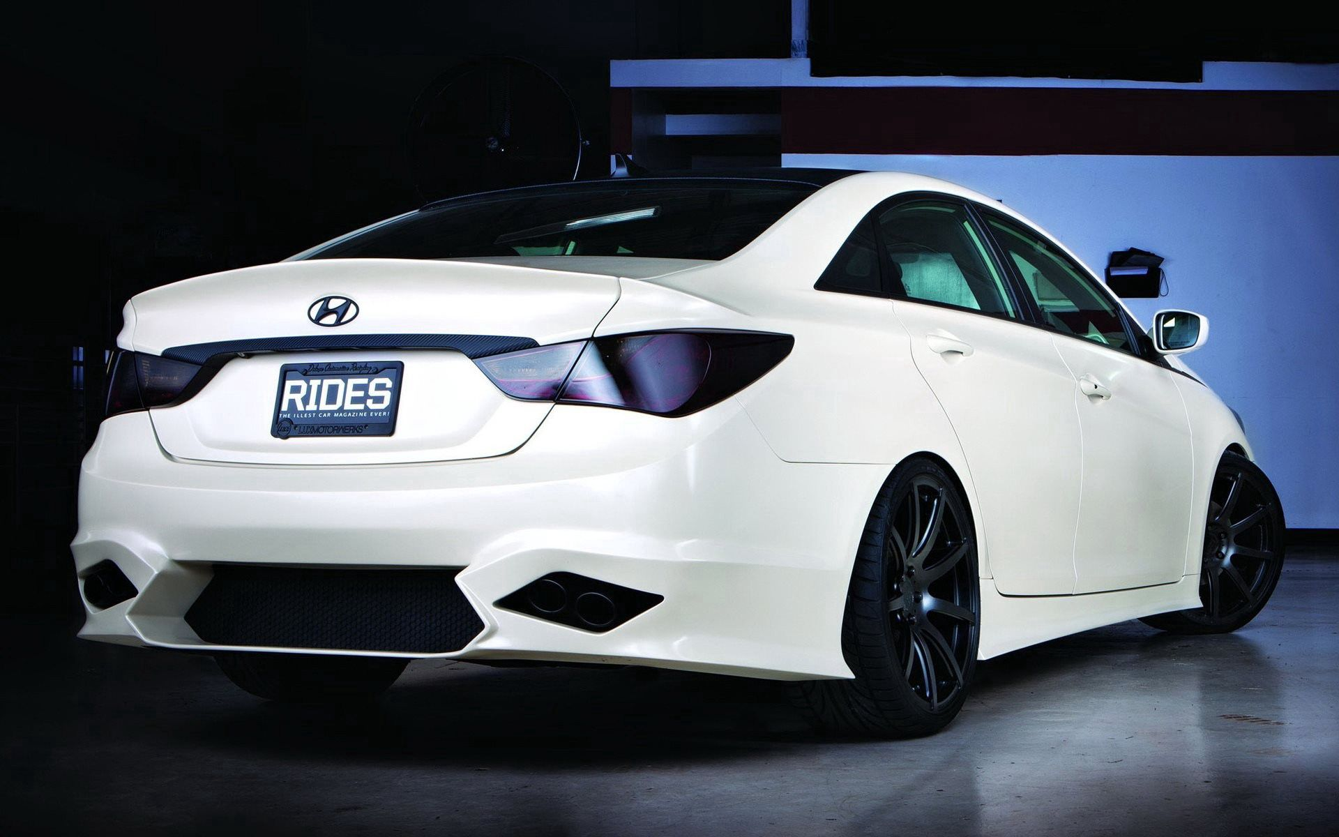 135925 download wallpaper Hyundai, Cars, Back View, Rear View, Sonata screensavers and pictures for free