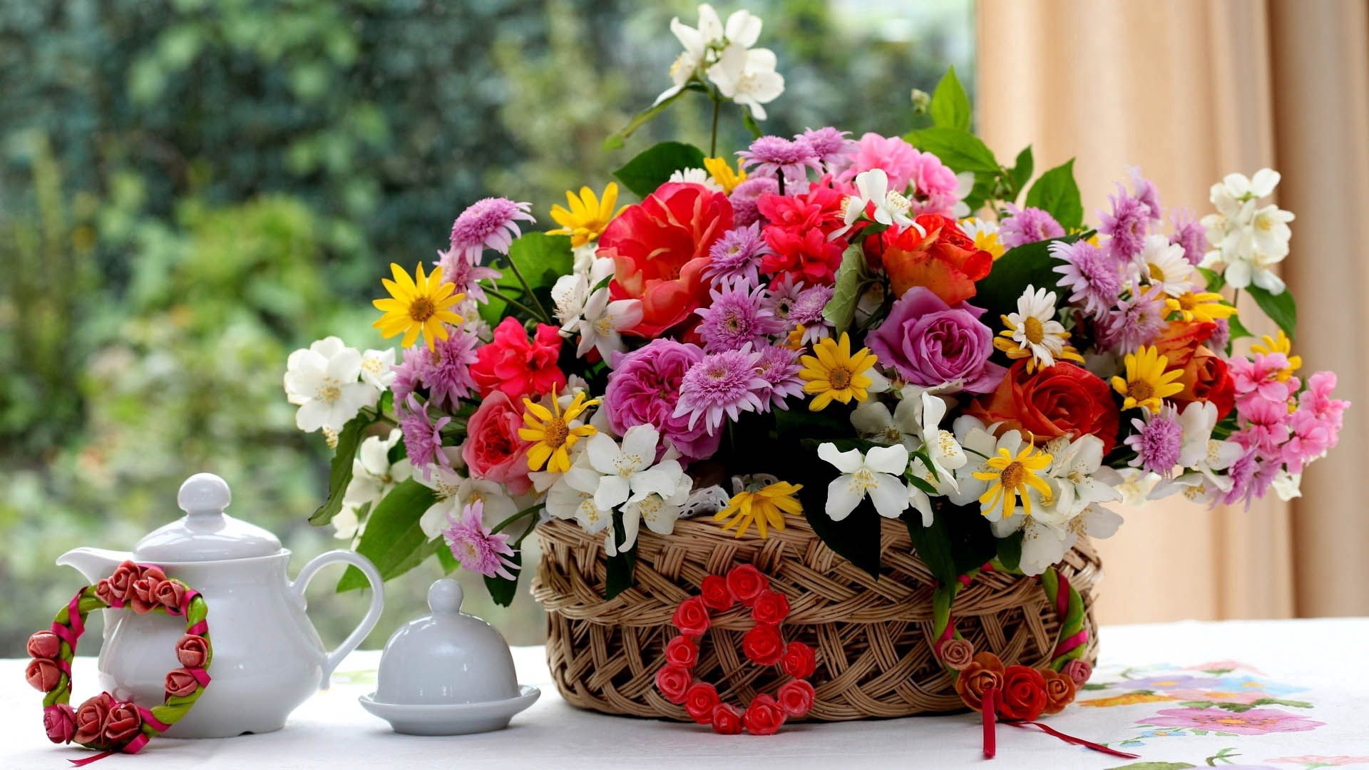 139263 Screensavers and Wallpapers Bouquet for phone. Download Flowers, Bouquet, Teapot, Kettle pictures for free