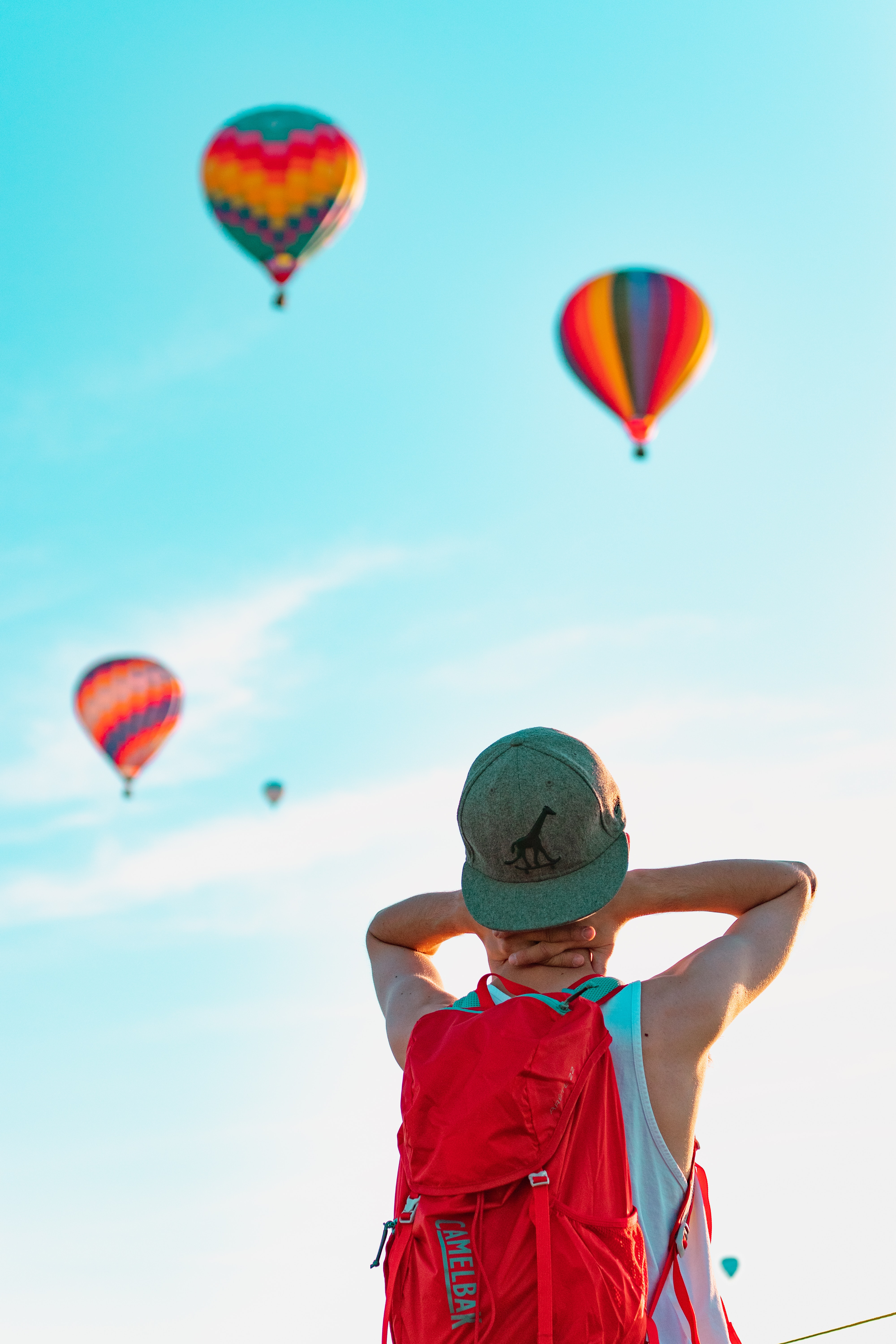 142635 Screensavers and Wallpapers Balloons for phone. Download Sky, Balloons, Miscellanea, Miscellaneous, Cap, Human, Person, Backpack, Rucksack pictures for free