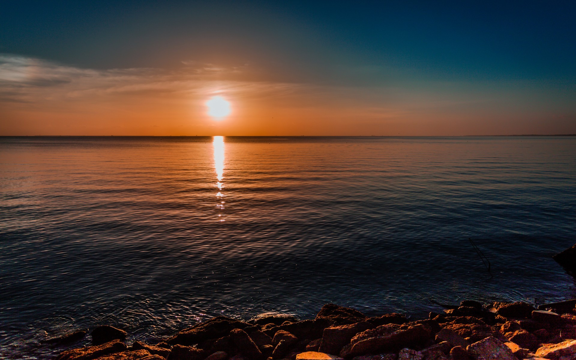 21965 download wallpaper Landscape, Sunset, Sea screensavers and pictures for free