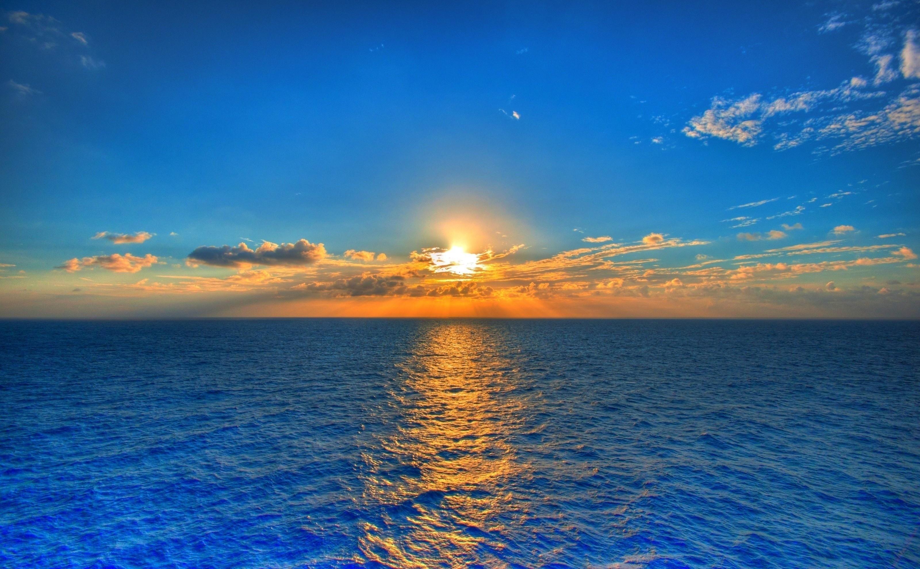 104005 скачать обои Море, Природа, Облака, Отражение, Небо, Солнце, Горизонт, Рябь, Линия, Дорожка - заставки и картинки бесплатно