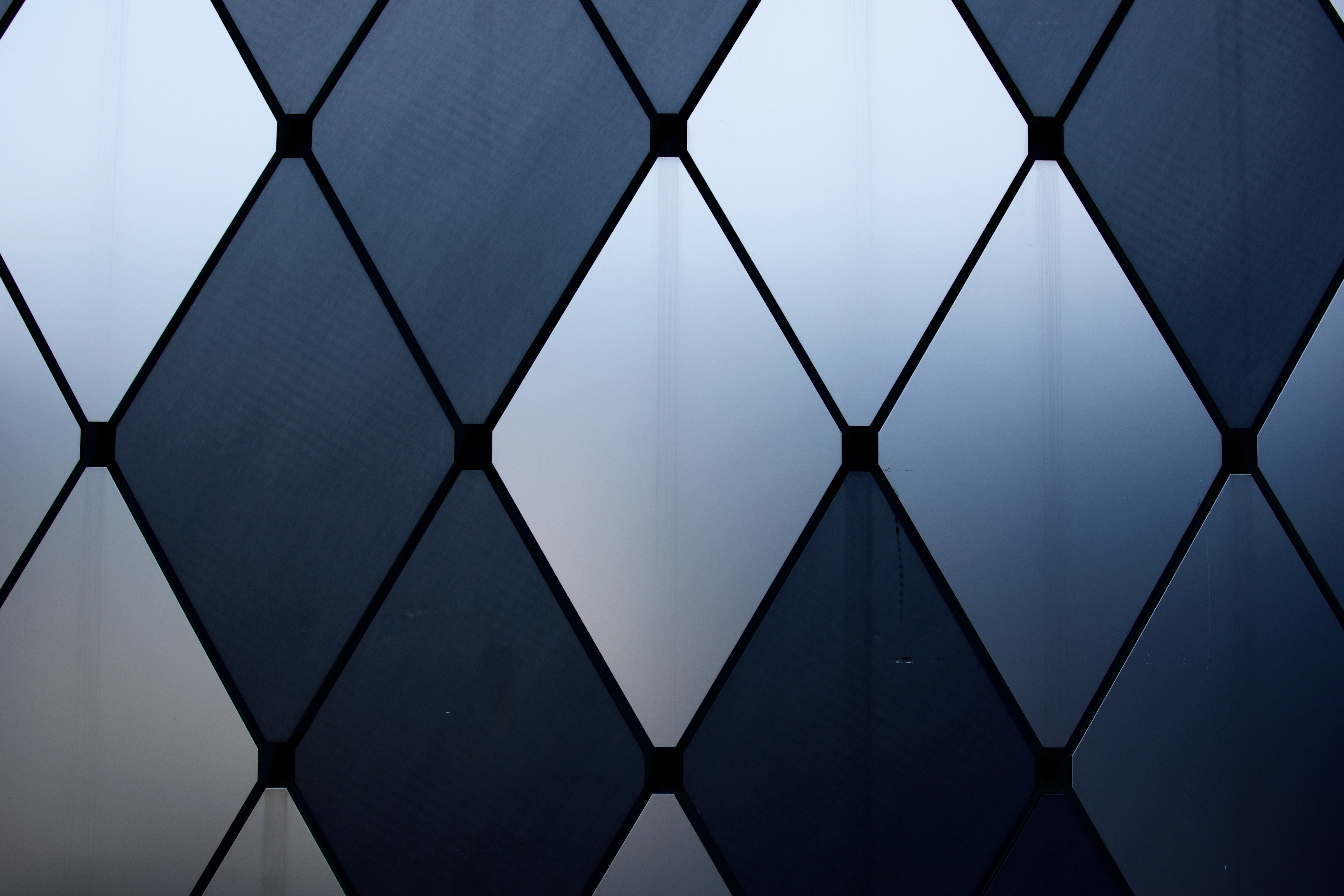 149225 Screensavers and Wallpapers Form for phone. Download Textures, Texture, Form, Glass, Forms pictures for free