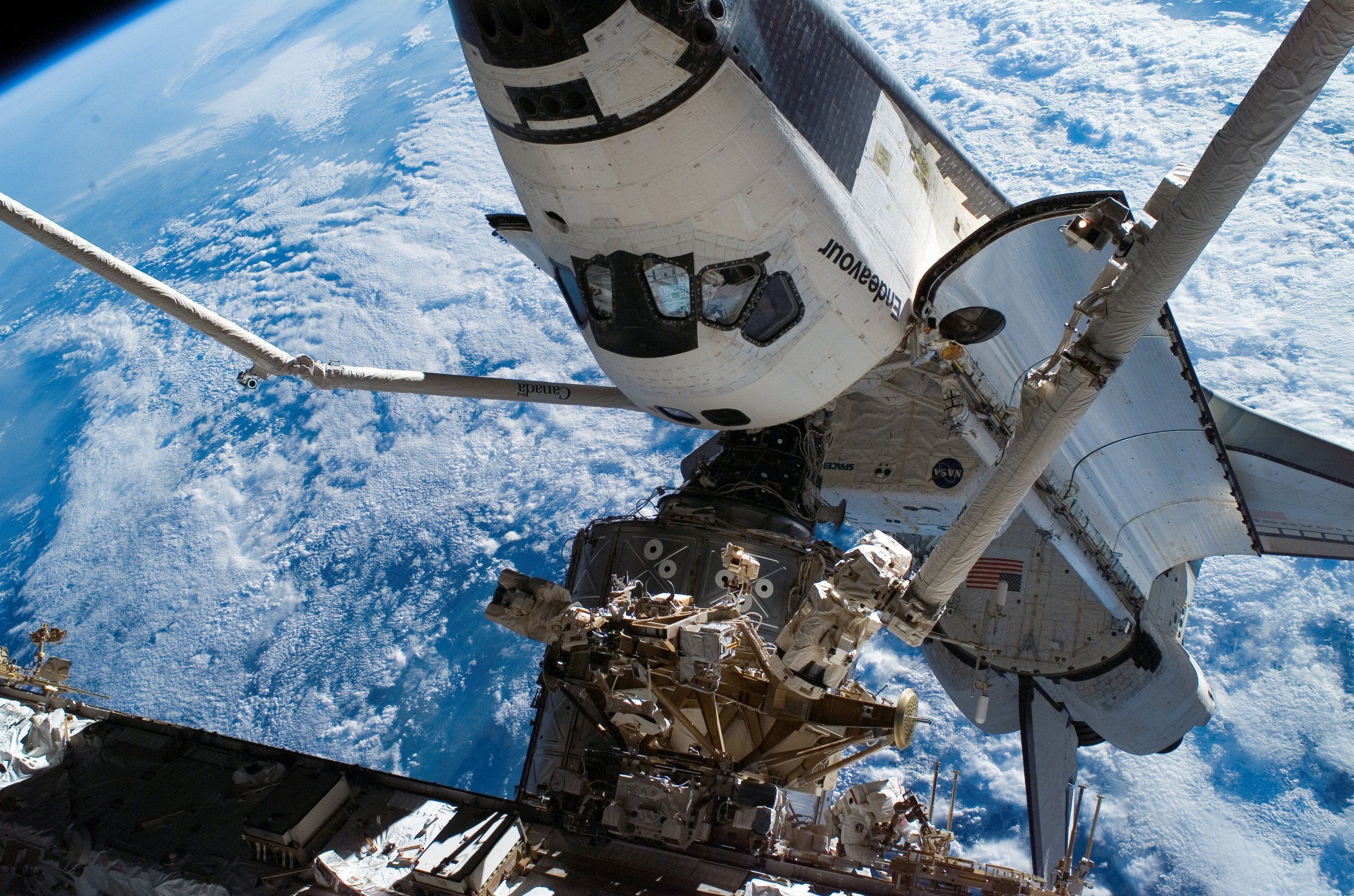 56561 download wallpaper Universe, Land, Earth, Blue Planet, Iss, Shuttle Endeavour, Shuttle Endeavor screensavers and pictures for free