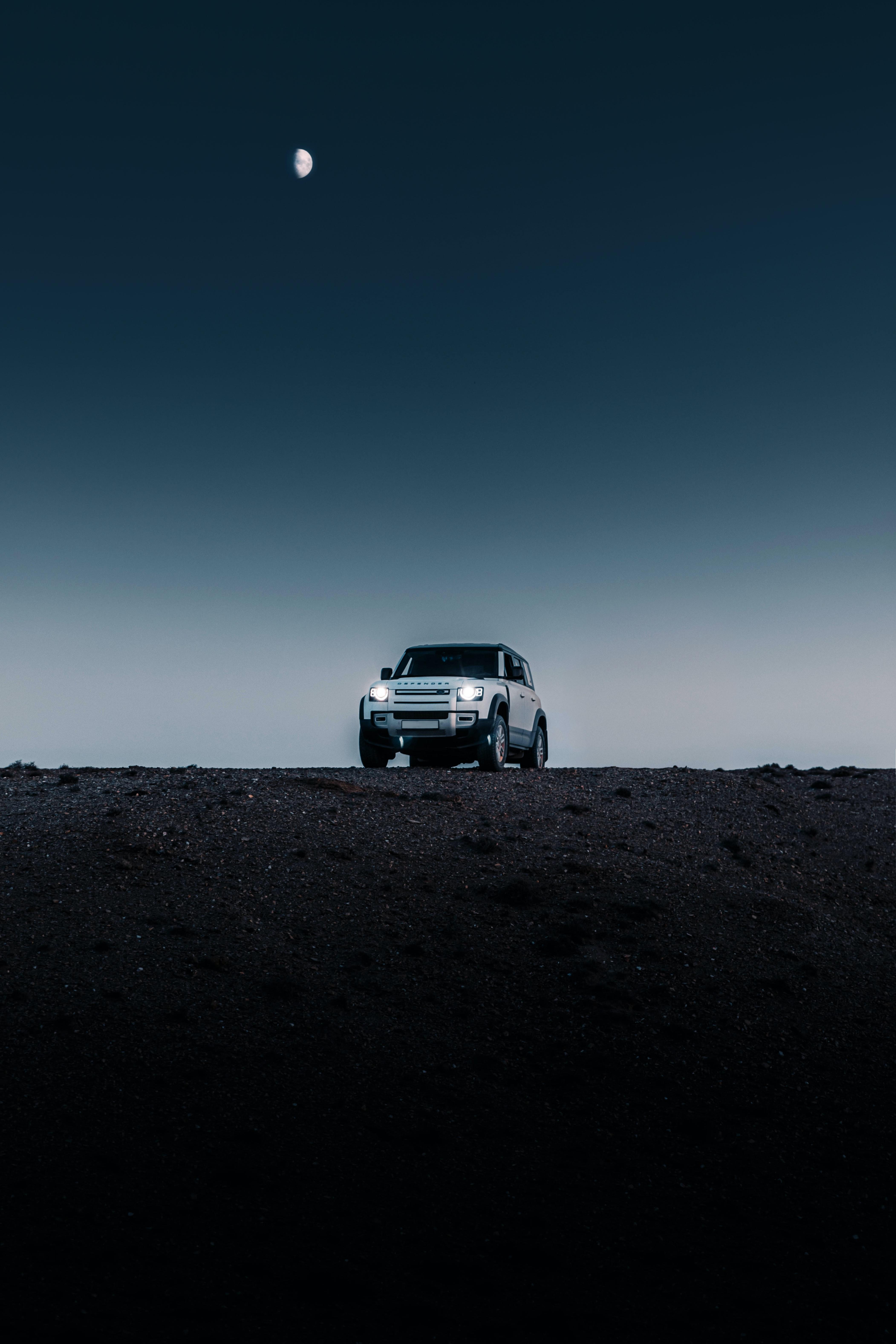 67171 завантажити шпалери Ніч, Пустеля, Ленд Ровер, Тачки, Автомобіль, Позашляховик, Land Rover Defender, Land Rover Захисник - заставки і картинки безкоштовно