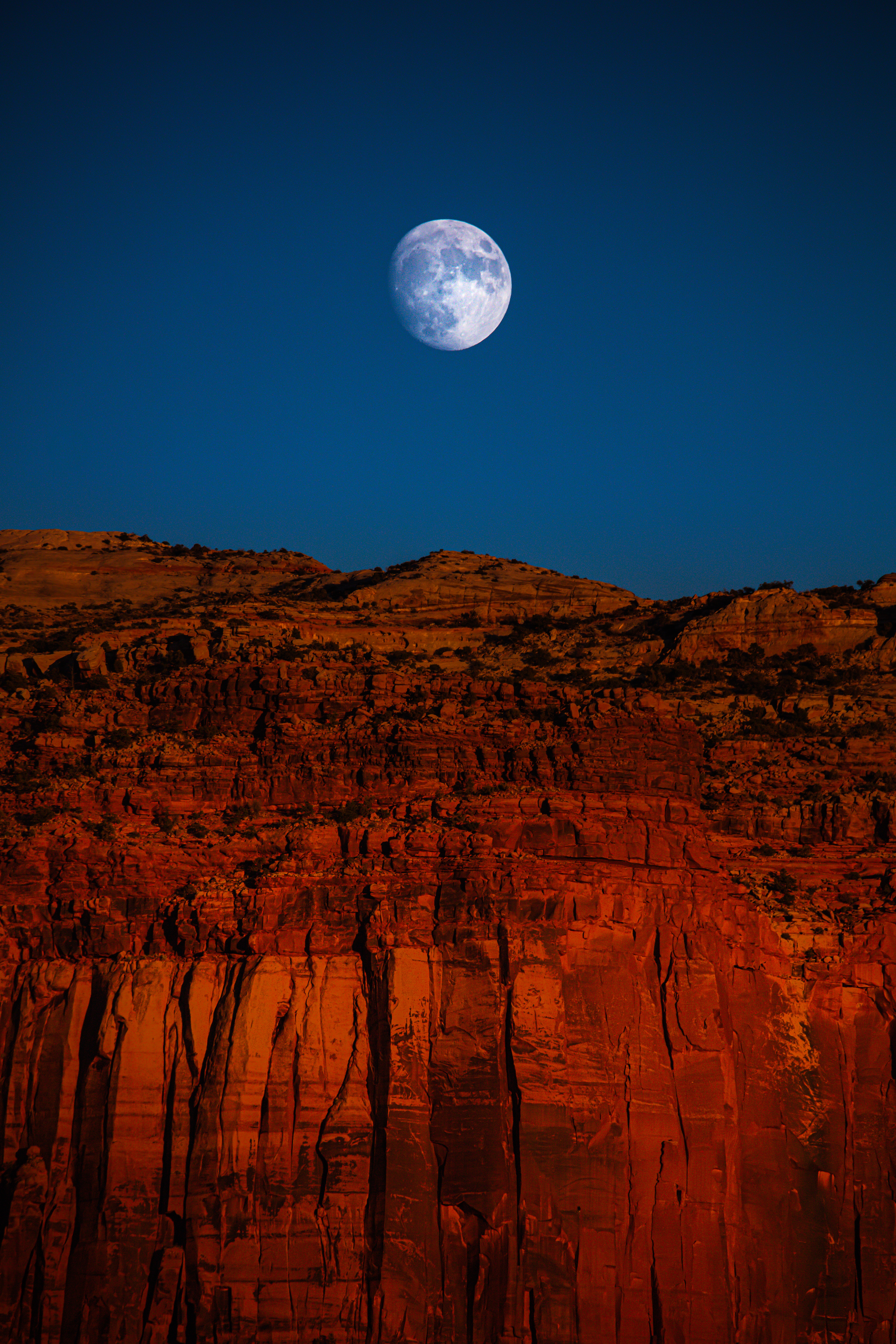 153145 download wallpaper Nature, Rock, Cliff, Moon, Canyon, Landscape screensavers and pictures for free