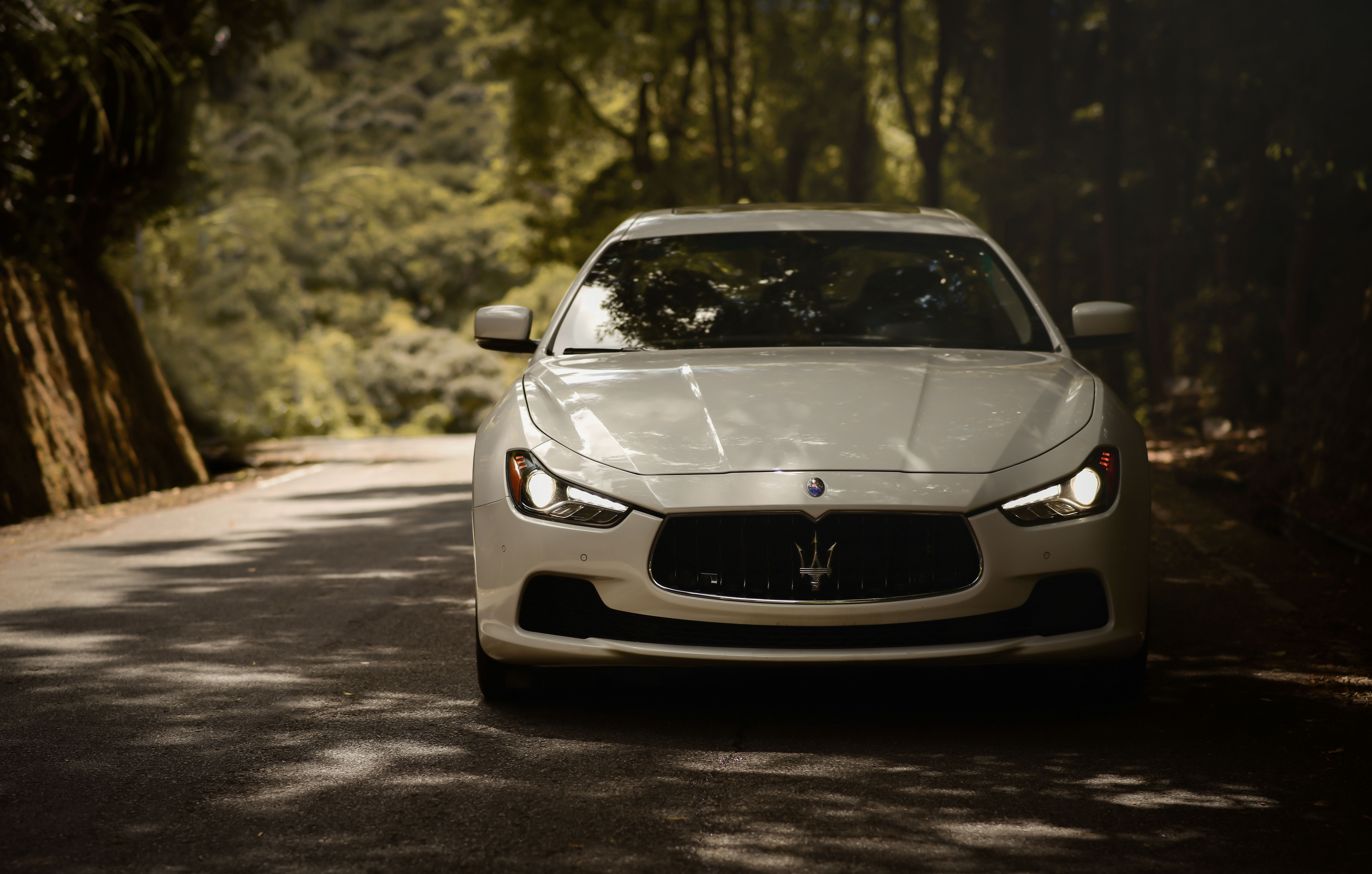 118003 download wallpaper Cars, Maserati Ghibli, Maserati, Car, Machine, Front View, Road screensavers and pictures for free