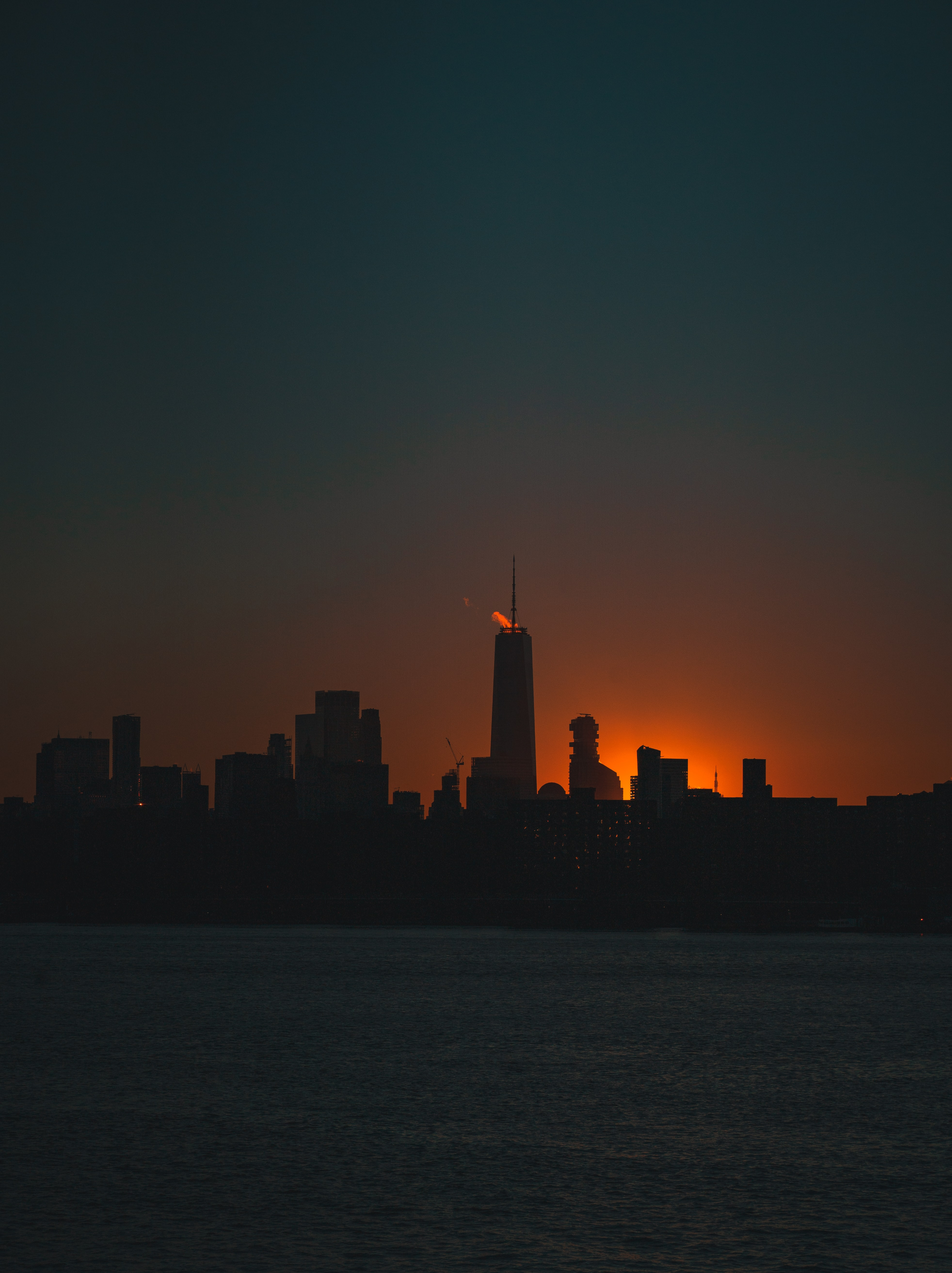 103957 free wallpaper 320x480 for phone, download images Dark, Sunset, City, Building, Silhouettes 320x480 for mobile