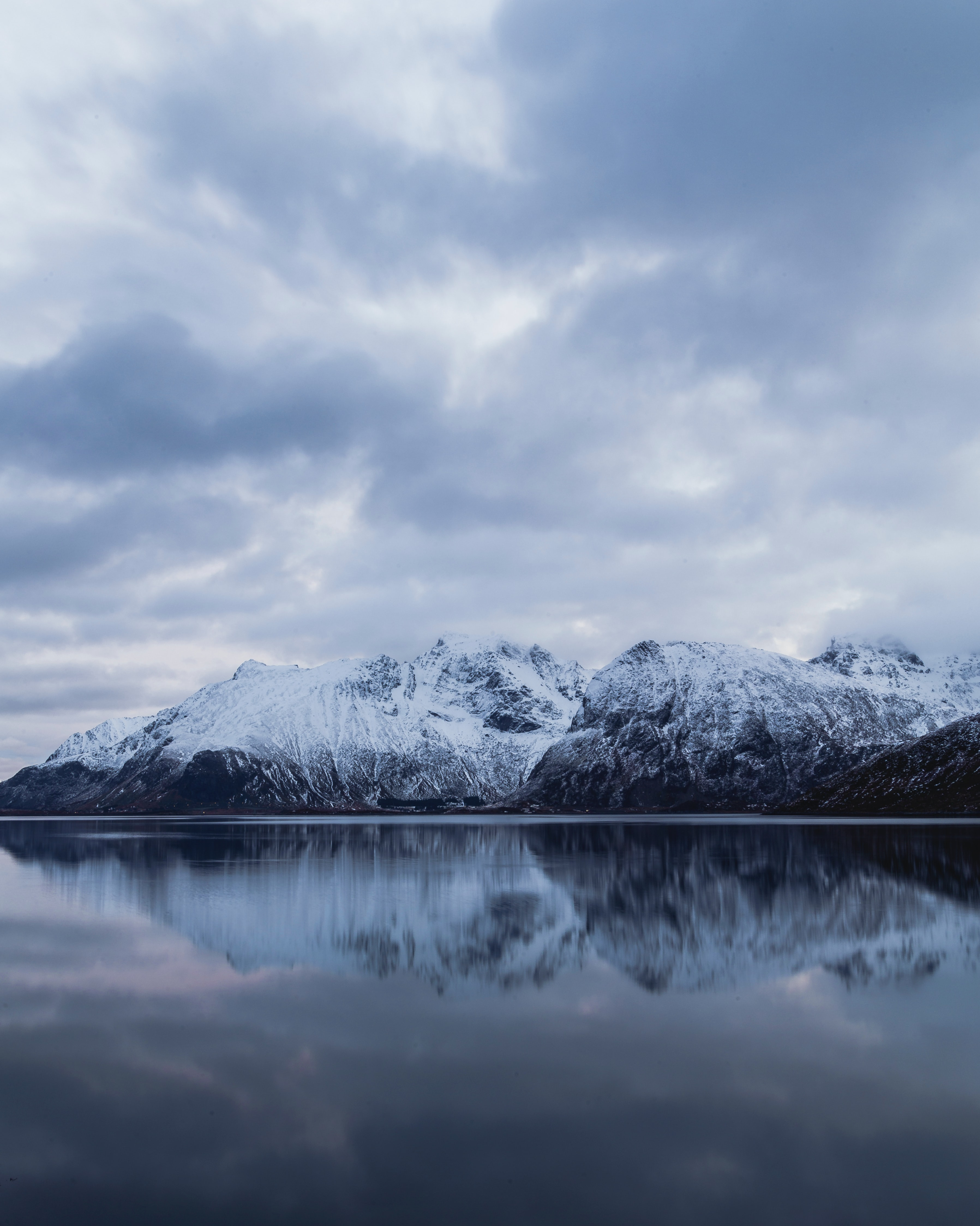 94455 download wallpaper Nature, Rocks, Snow, Snow Covered, Snowbound, Water, Reflection, Mountains screensavers and pictures for free