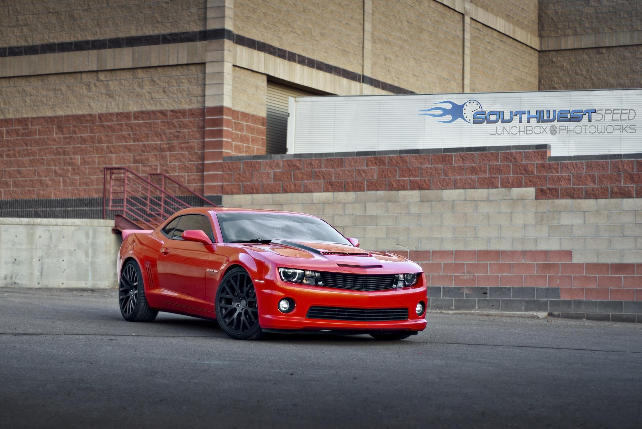 92106 скачать обои Тачки (Cars), Шевроле (Chevrolet), Camaro Ss, Красный, Вид Сбоку - заставки и картинки бесплатно