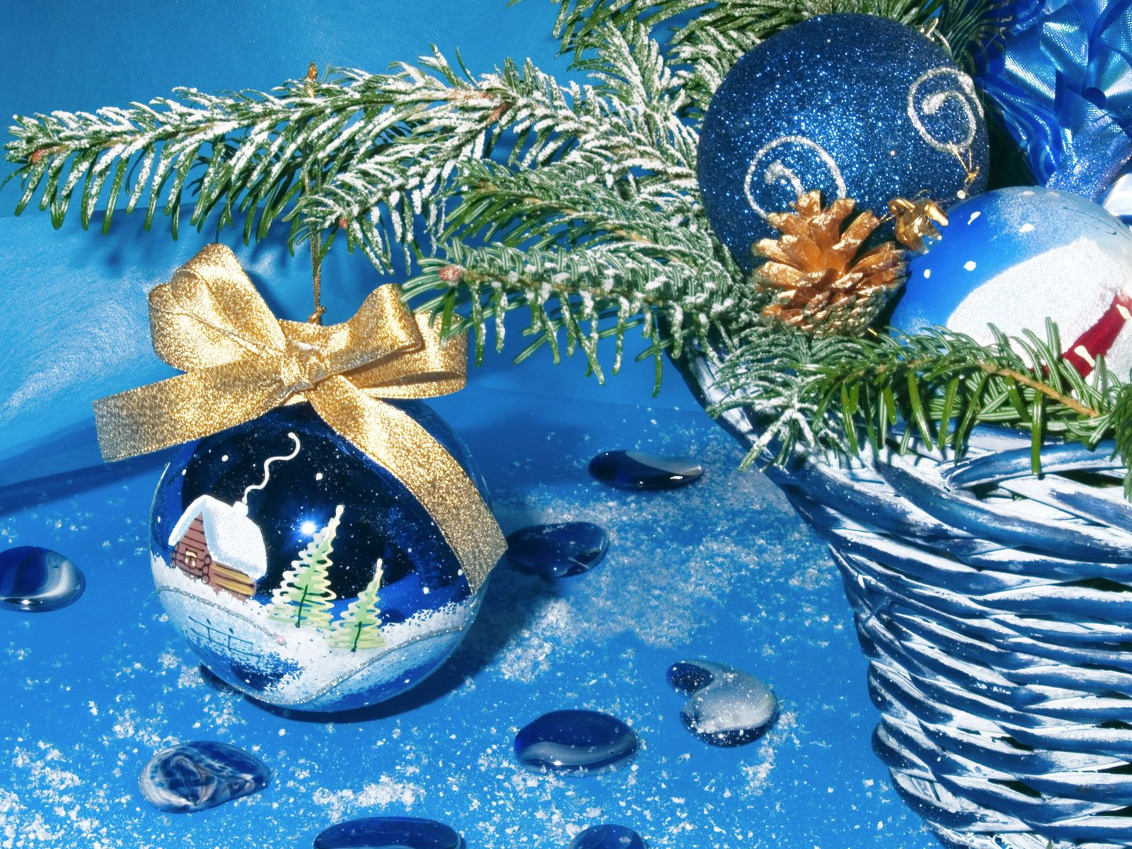 148188 download wallpaper Holidays, Christmas, New Year, Balls, Basket, Pictures screensavers and pictures for free
