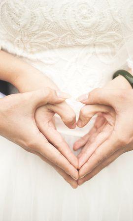 147046 télécharger le fond d'écran Mariage, Mains, Un Cœur, Cœur, Amour, Romance - économiseurs d'écran et images gratuitement