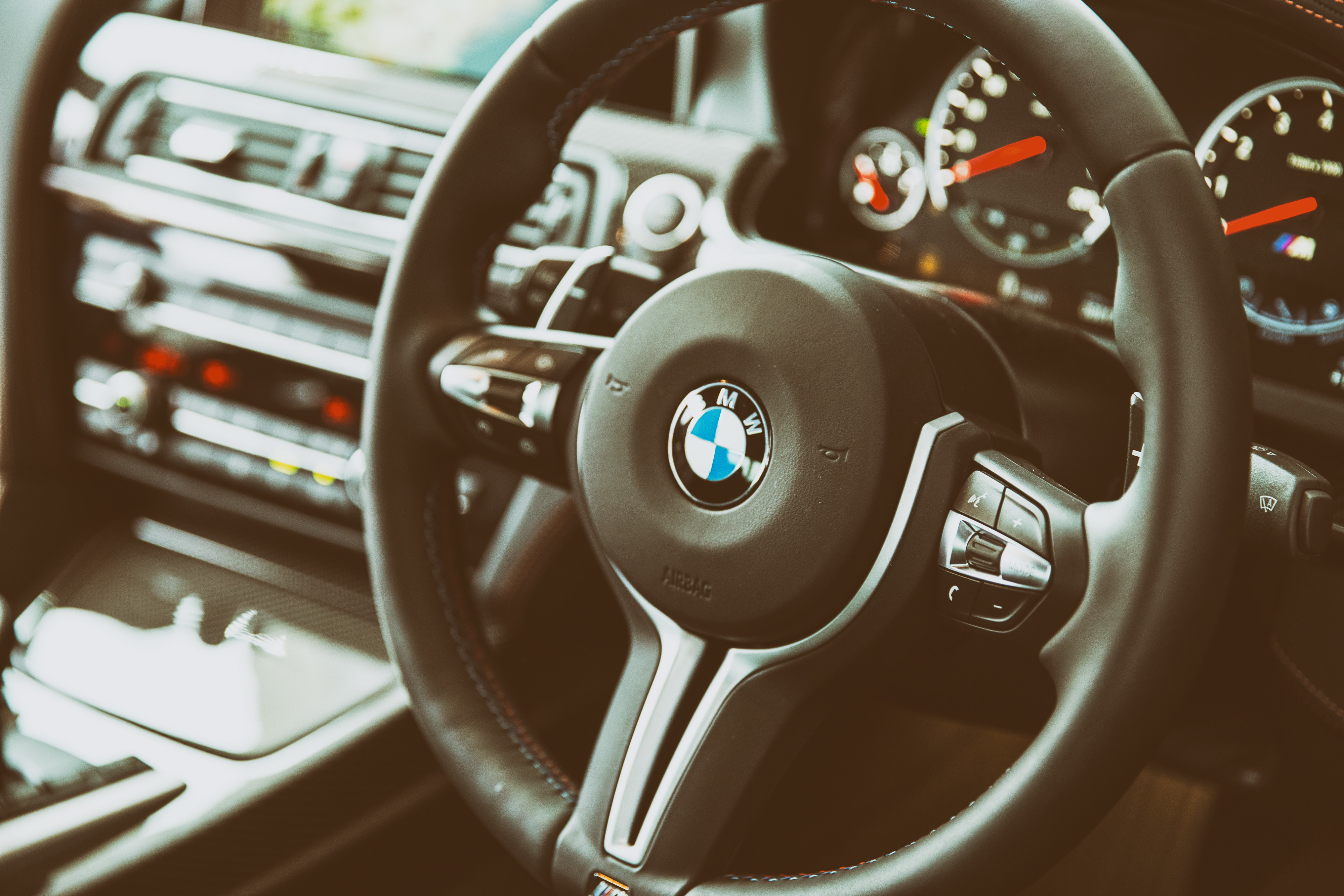 67378 download wallpaper Bmw, Interior, Cars, Steering Wheel, Rudder, M6 screensavers and pictures for free