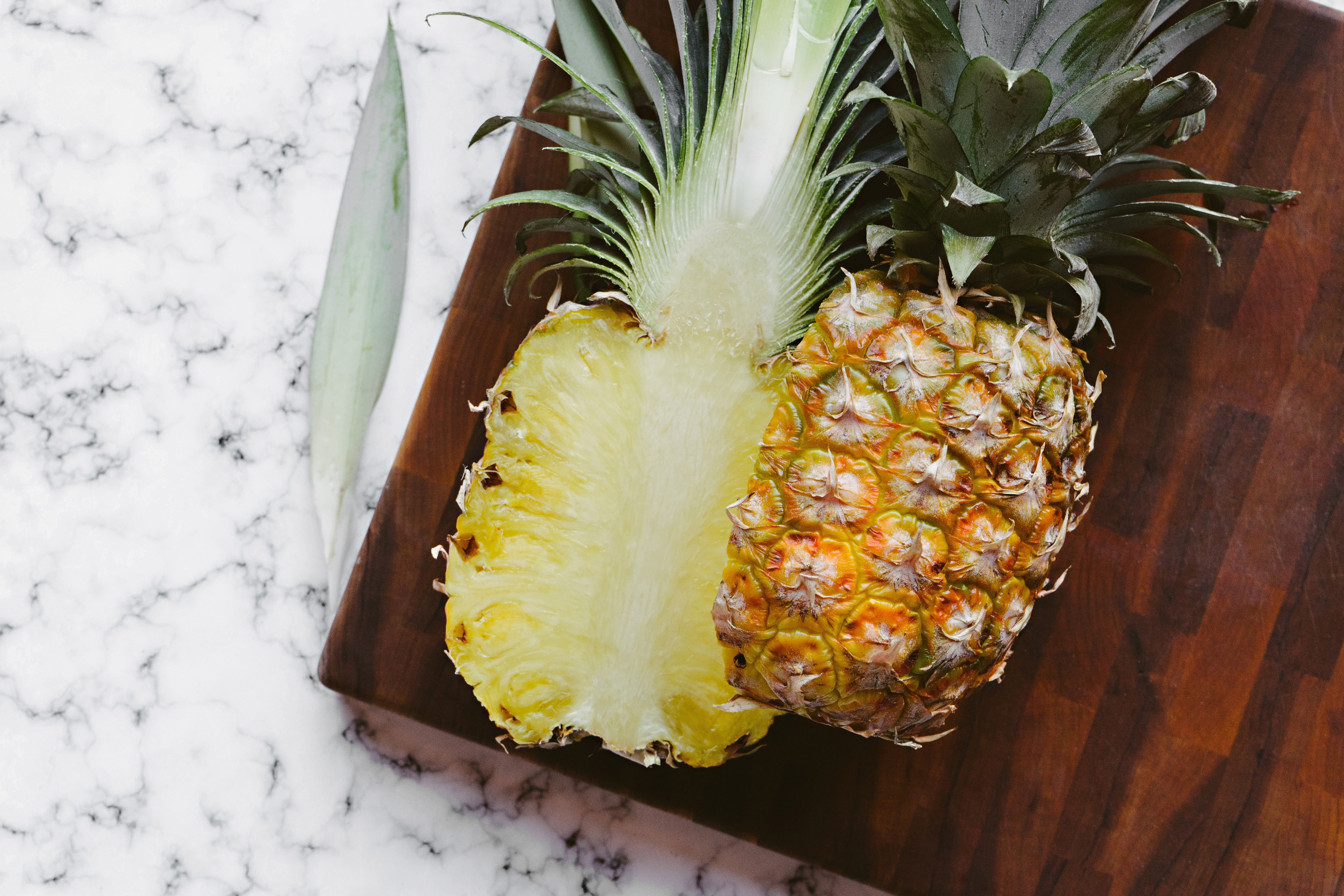 134868 download wallpaper Food, Fruit, Slice, Section, Pineapple, Vegetable screensavers and pictures for free