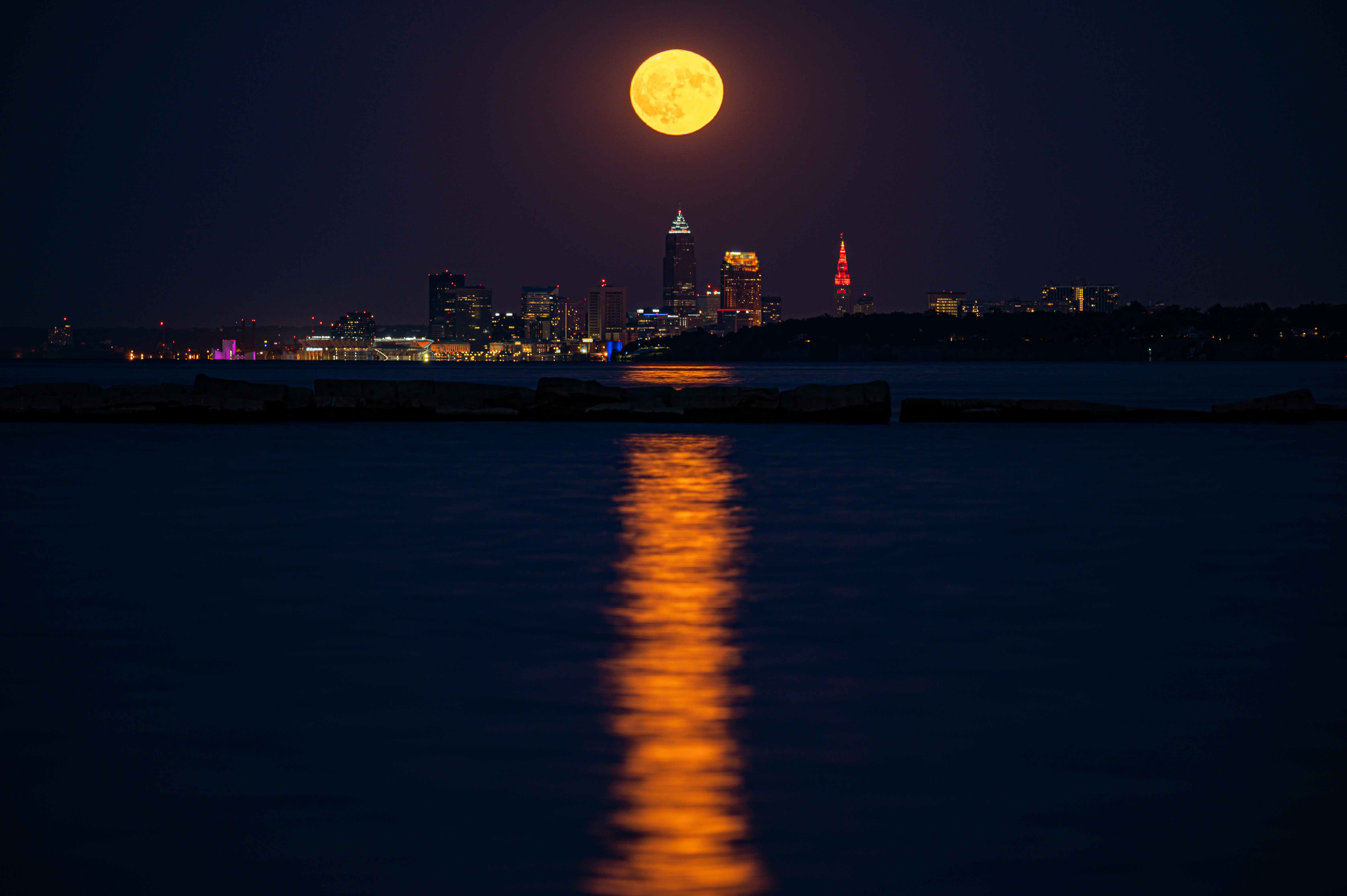 88930 download wallpaper Moon, Building, Cities, Water, Night, City, Reflection screensavers and pictures for free