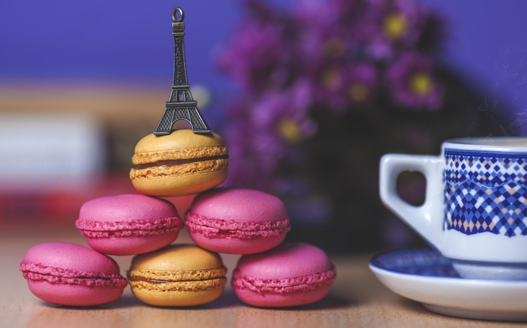 104429 télécharger le fond d'écran Nourriture, Macaron, Cookies, Une Tasse, Coupe, Tour Eiffel - économiseurs d'écran et images gratuitement