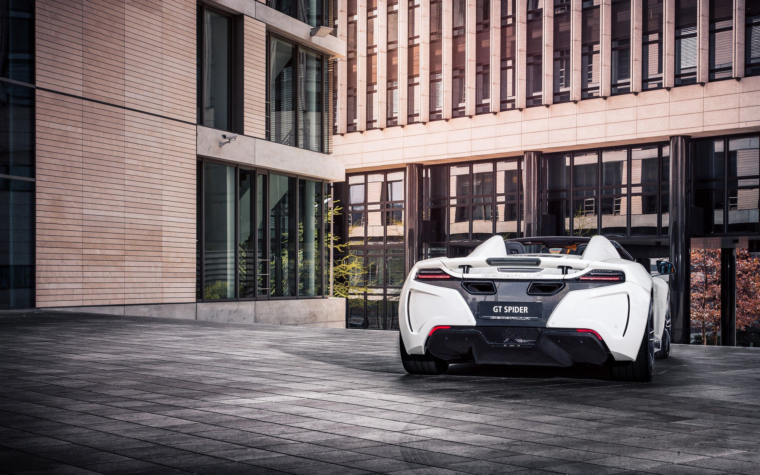 140962 download wallpaper Cars, Mclaren, Mclaren Mp4-12C Spider, Auto, Sports screensavers and pictures for free