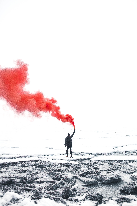 117999 Salvapantallas y fondos de pantalla Miscelánea en tu teléfono. Descarga imágenes de Miscelánea, Misceláneo, Humano, Persona, Témpanos De Hielo, Hielo, Nieve, Kandersteg, Kandersteeg, Suiza, Fumar gratis