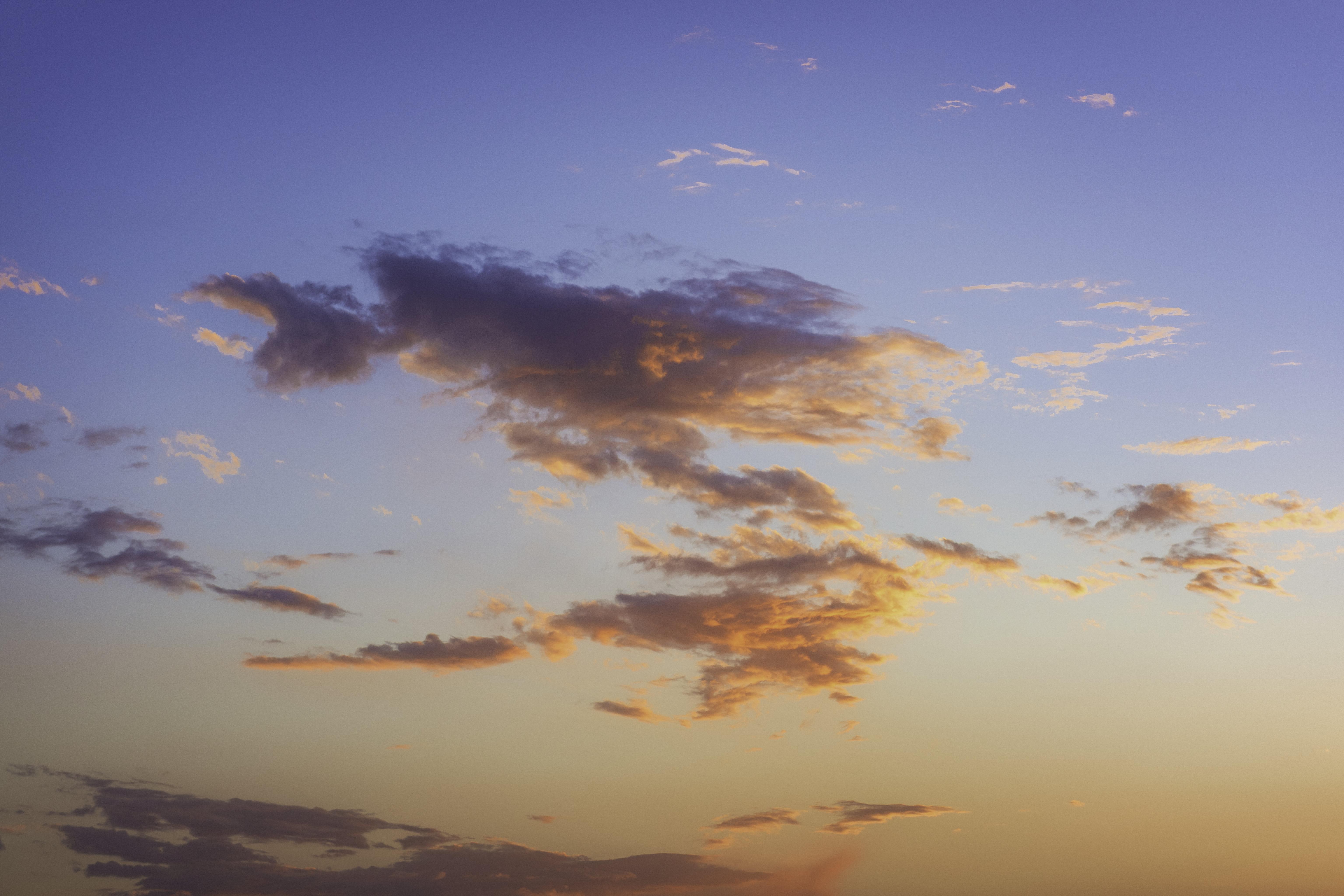 143741 скачать обои Природа, Облака, Небо, Закат, Красивый, Вечер - заставки и картинки бесплатно