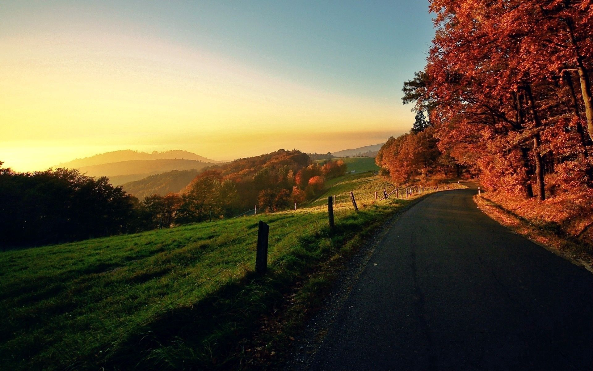 62916 Screensavers and Wallpapers Road for phone. Download Nature, Autumn, Road, Turn, Traffic, Movement pictures for free