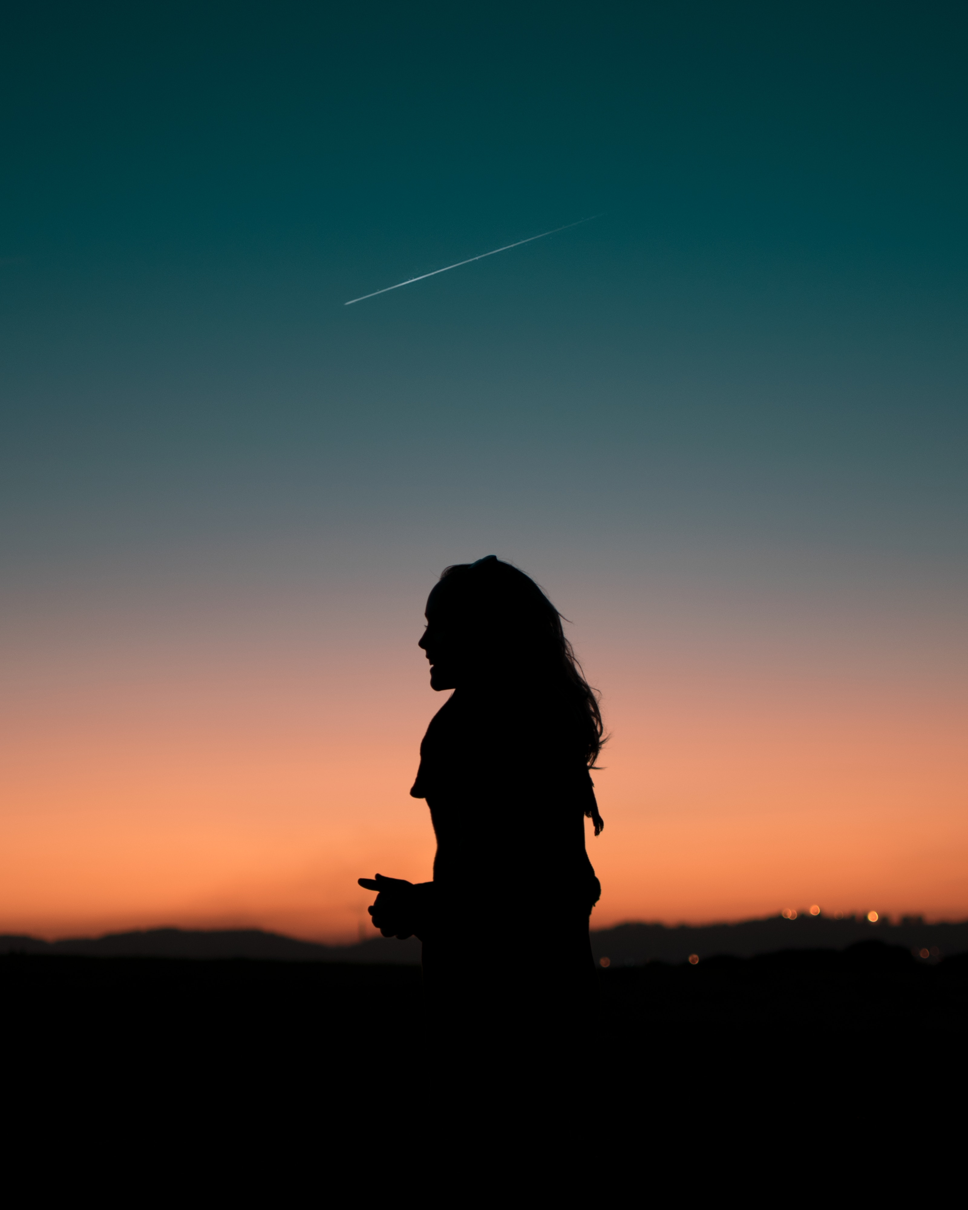 62285 free wallpaper 320x480 for phone, download images Night, Dark, Silhouette, Darkness, Girl 320x480 for mobile