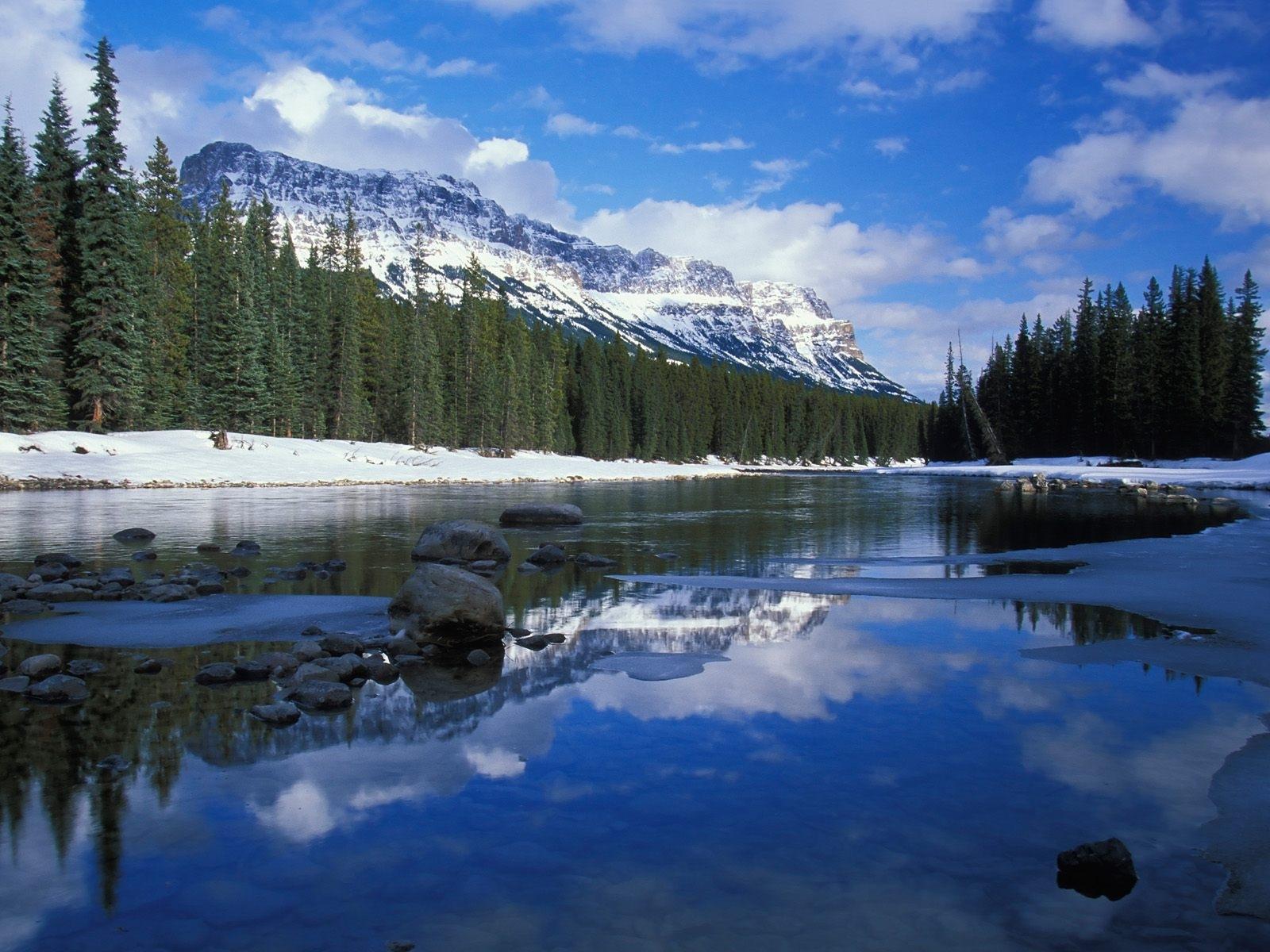 9134 скачать обои Пейзаж, Зима, Река, Деревья, Горы - заставки и картинки бесплатно