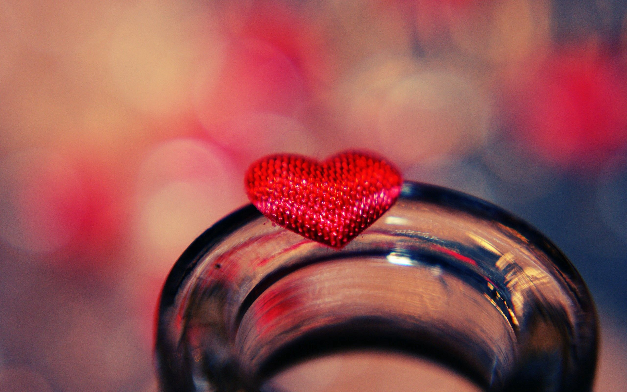 115290 Screensavers and Wallpapers Heart for phone. Download Shine, Macro, Light, Glass, Heart pictures for free