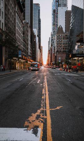 89388 скачать обои Дорога, Улица, Городской, Асфальт, Здания, Транспорт, Города - заставки и картинки бесплатно