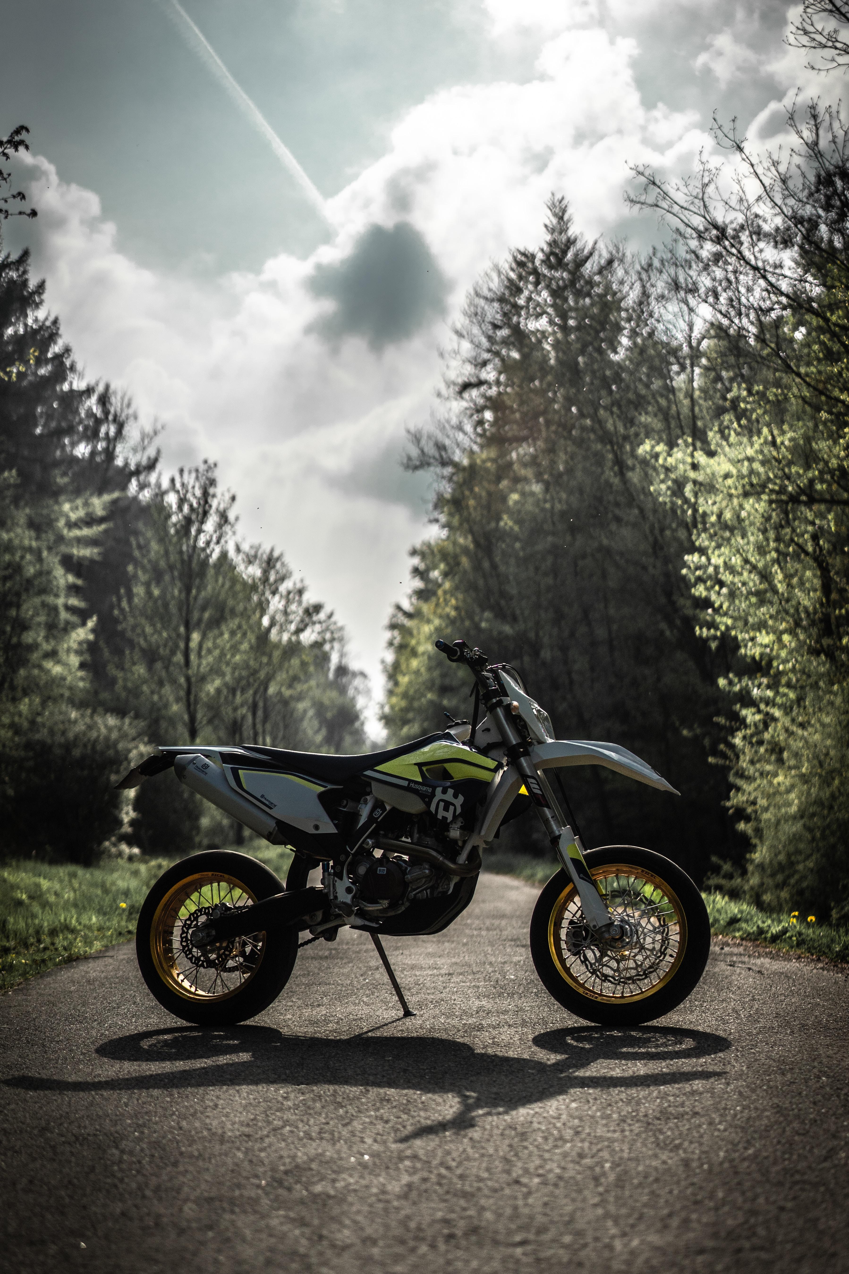 115088 Hintergrundbild herunterladen Motorräder, Sport, Seitenansicht, Motorrad, Fahrrad, Pitbike - Bildschirmschoner und Bilder kostenlos