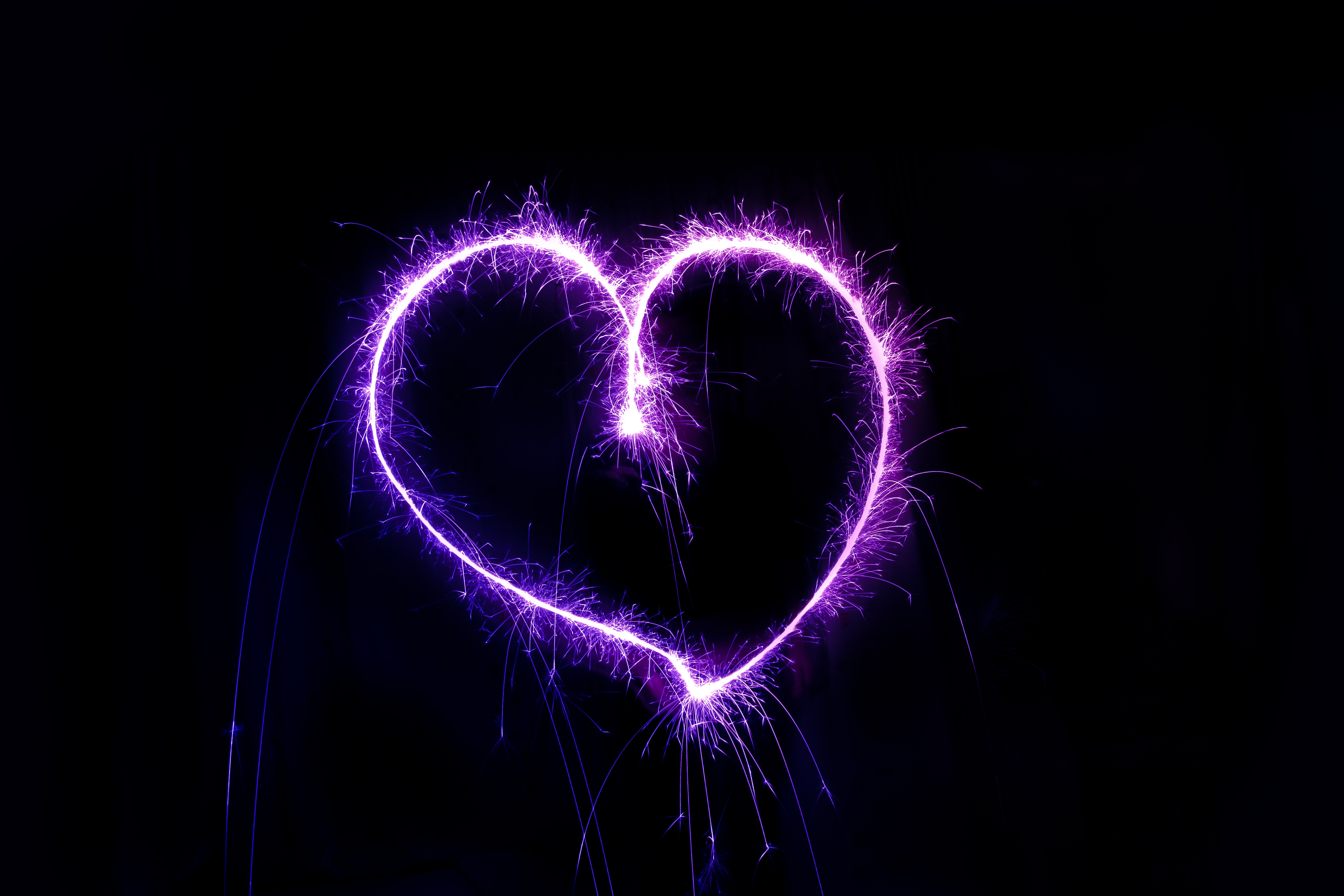 121866 download wallpaper Love, Heart, Sparks, Form, Shine, Brilliance screensavers and pictures for free