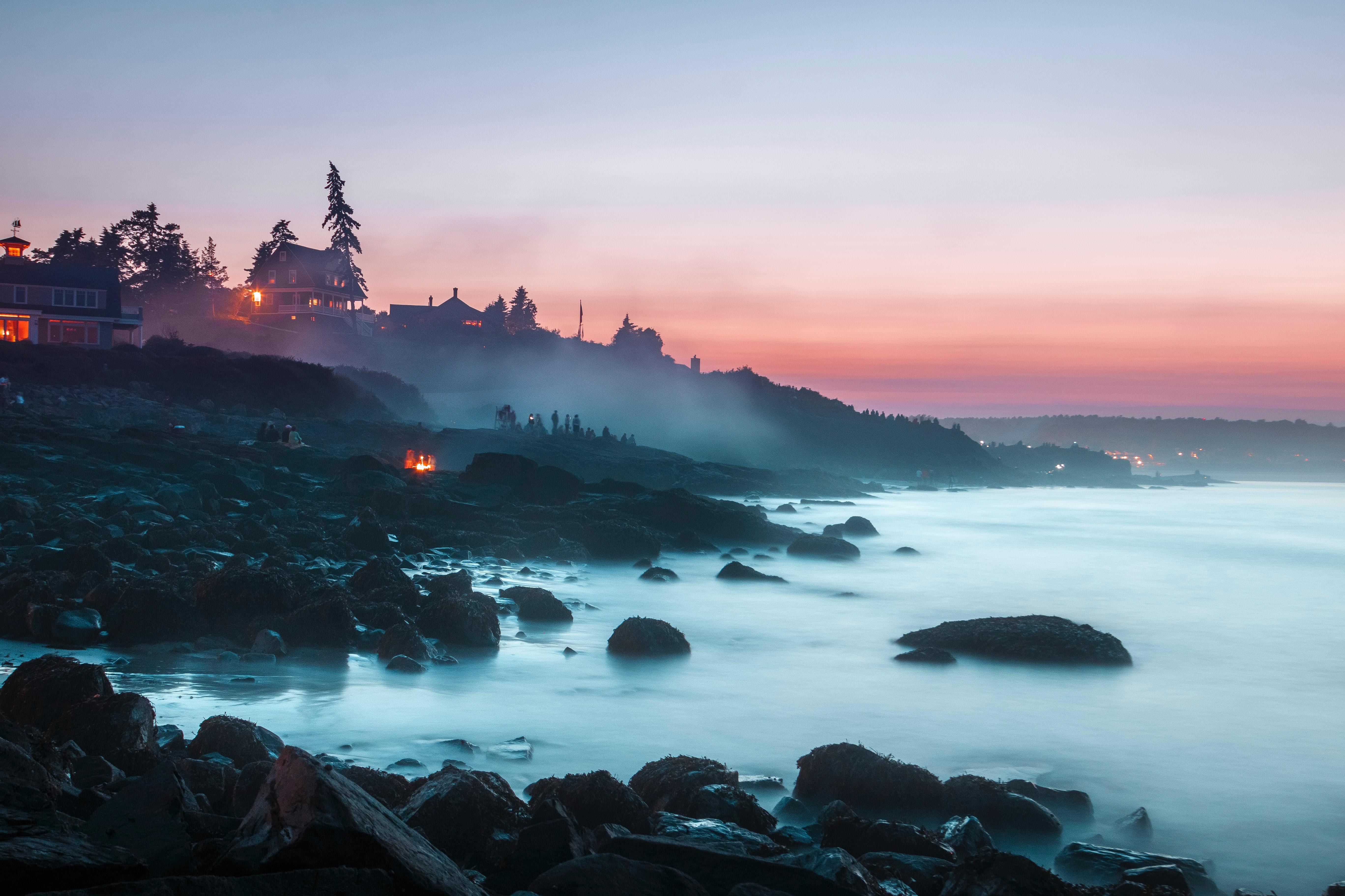 54364 Hintergrundbild herunterladen Natur, Landschaft, Sunset, Stones, Strand, Ufer, Bank, Nebel, Camping, Campingplatz - Bildschirmschoner und Bilder kostenlos