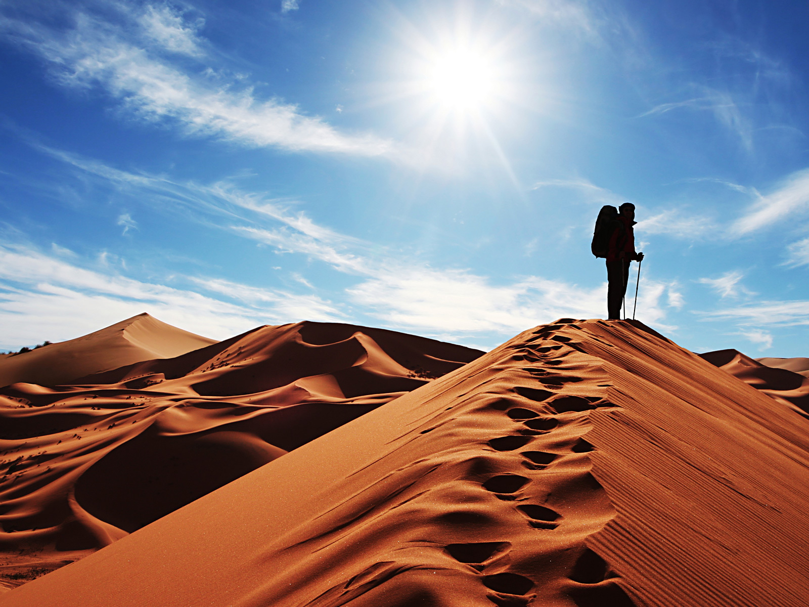 21119 download wallpaper Landscape, People, Sand, Desert screensavers and pictures for free