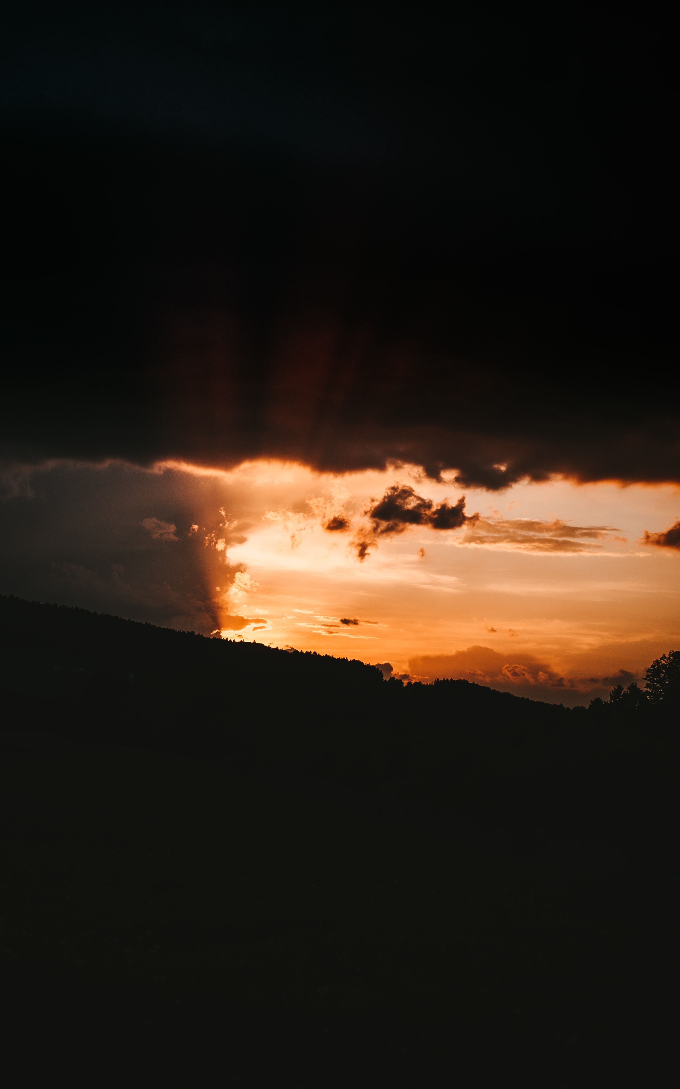 66959壁紙のダウンロード闇, 暗い, スロープ, 坂, 日没, ビーム, 光線, スカイ, サン-スクリーンセーバーと写真を無料で
