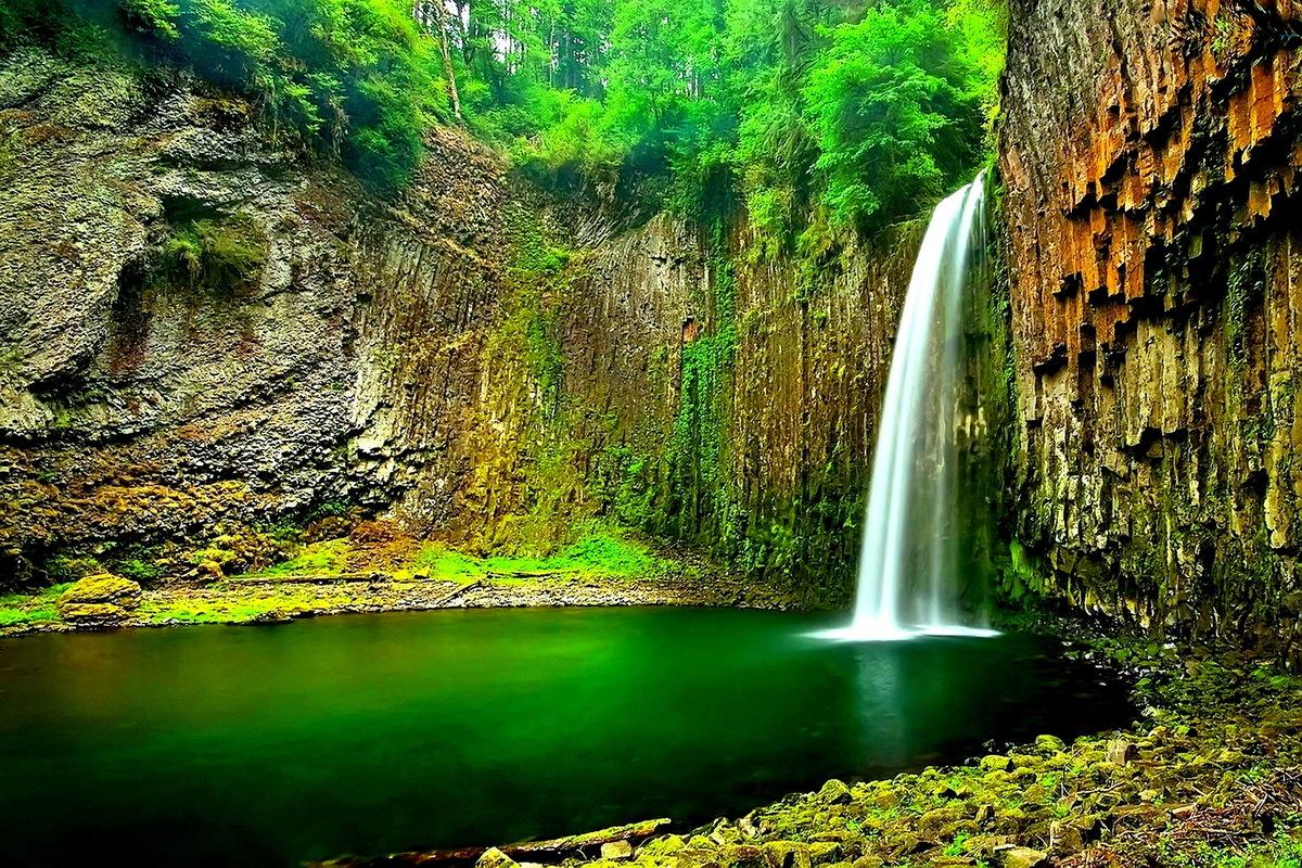26314 Hintergrundbild herunterladen Landschaft, Flüsse, Mountains, Wasserfälle - Bildschirmschoner und Bilder kostenlos